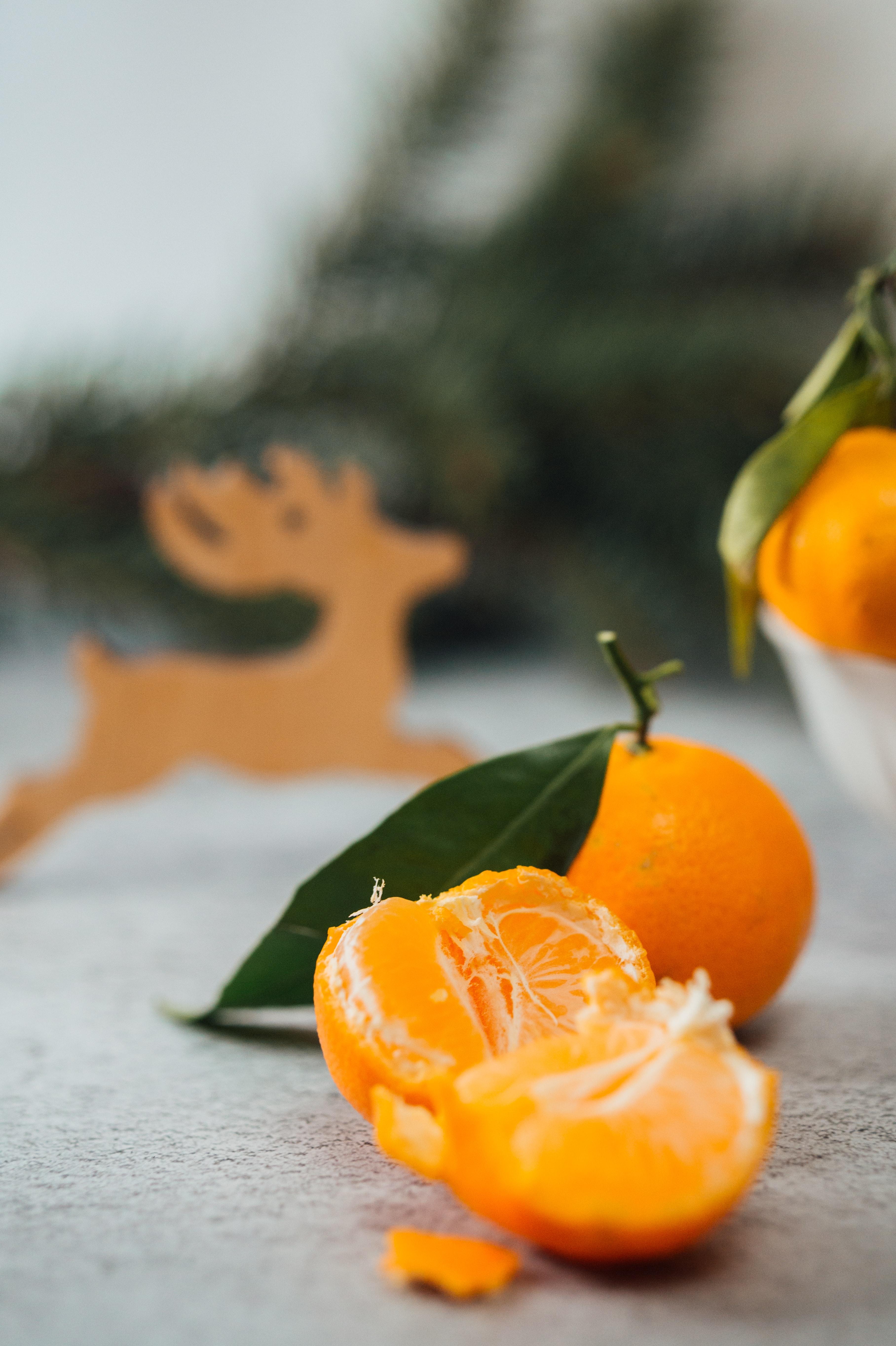 102709 Hintergrundbild 240x400 kostenlos auf deinem Handy, lade Bilder Lebensmittel, Die Frucht, Frucht, Zitrusfrüchte, Zitrus, Läppchen, Scheiben, Mandarin, Tangerine 240x400 auf dein Handy herunter