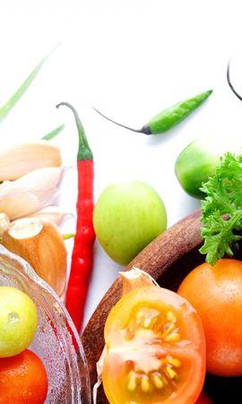 134716 télécharger le fond d'écran Nourriture, Assiettes, Cymbales, Tomates, Poivron Rouge, Paprika, Légumes Verts, Verdure, Ail, Oignon, Légumes - économiseurs d'écran et images gratuitement