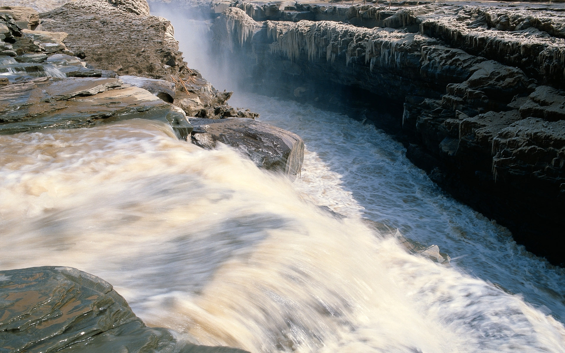 368 download wallpaper Landscape, Water, Rivers, Waterfalls screensavers and pictures for free