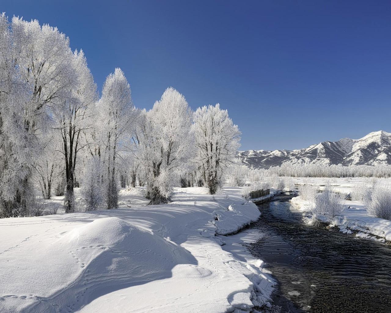 13804 скачать обои Пейзаж, Зима, Вода, Река, Снег - заставки и картинки бесплатно