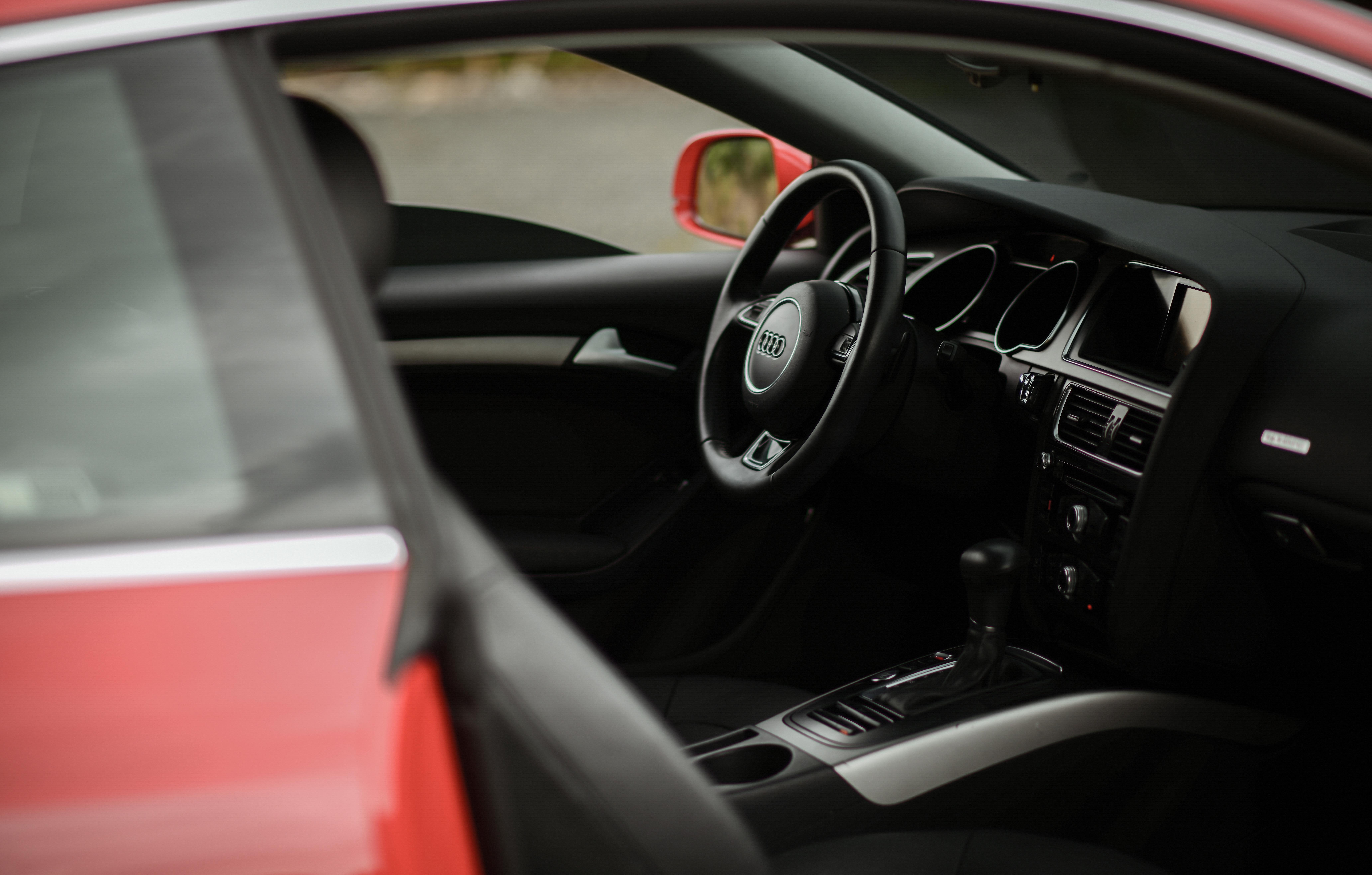 85832 télécharger le fond d'écran Voitures, Audi A5, Audi, Volant, Gouvernail, Une Voiture, Machine, Salon, Le Noir - économiseurs d'écran et images gratuitement