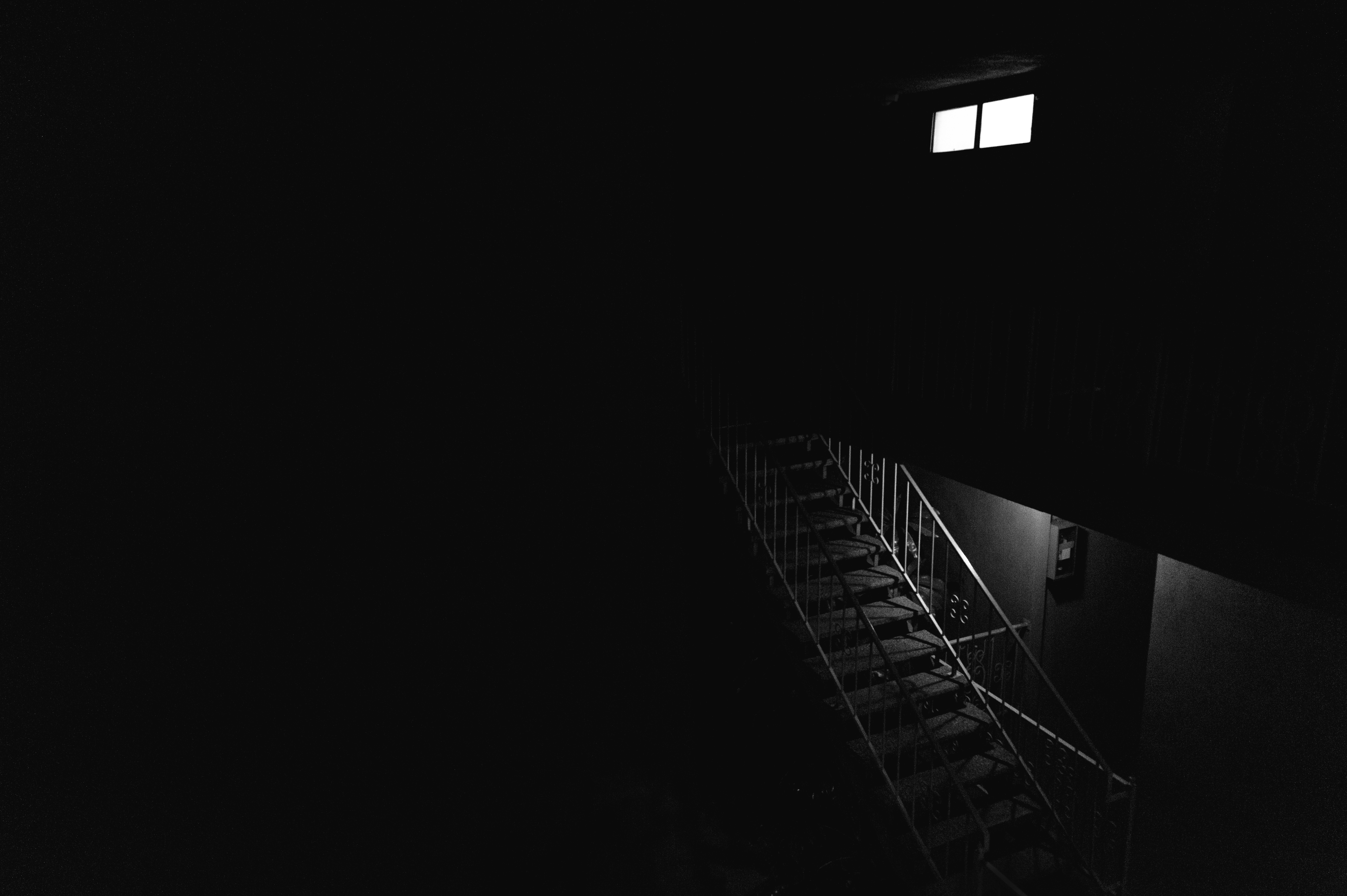 62229 Screensavers and Wallpapers Bw for phone. Download Dark, Bw, Chb, Stairs, Ladder, Premises, Room pictures for free