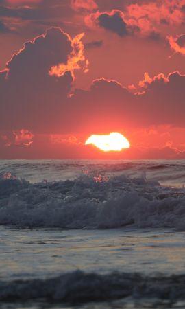 114479 Заставки и Обои Солнце на телефон. Скачать Природа, Море, Горизонт, Закат, Облака, Волны, Солнце картинки бесплатно