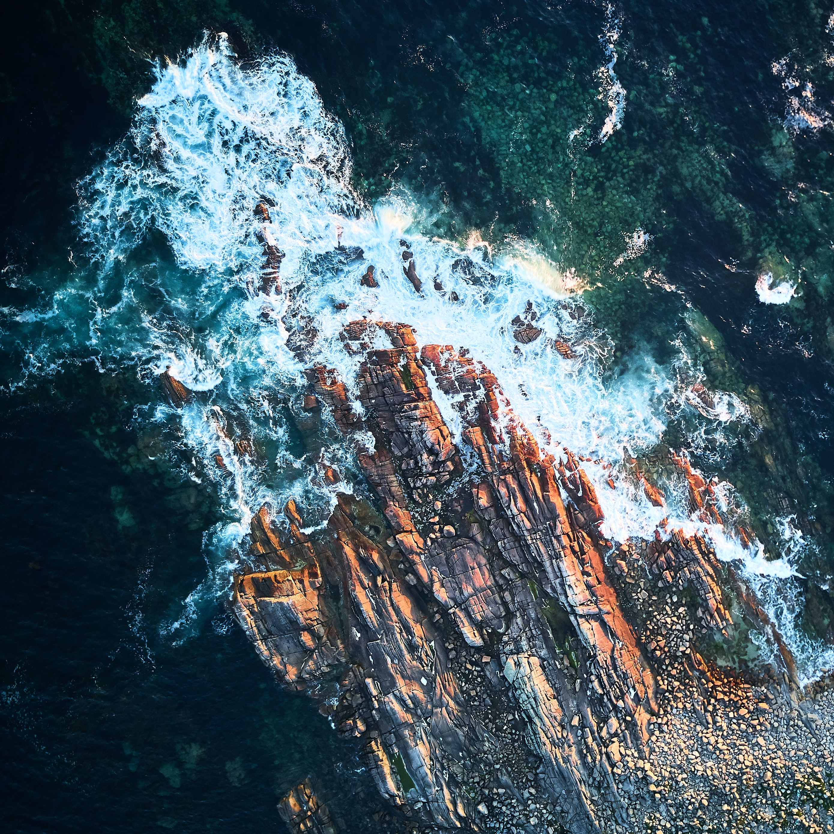 51399 download wallpaper Nature, Sea, Rock, View From Above, Foam screensavers and pictures for free