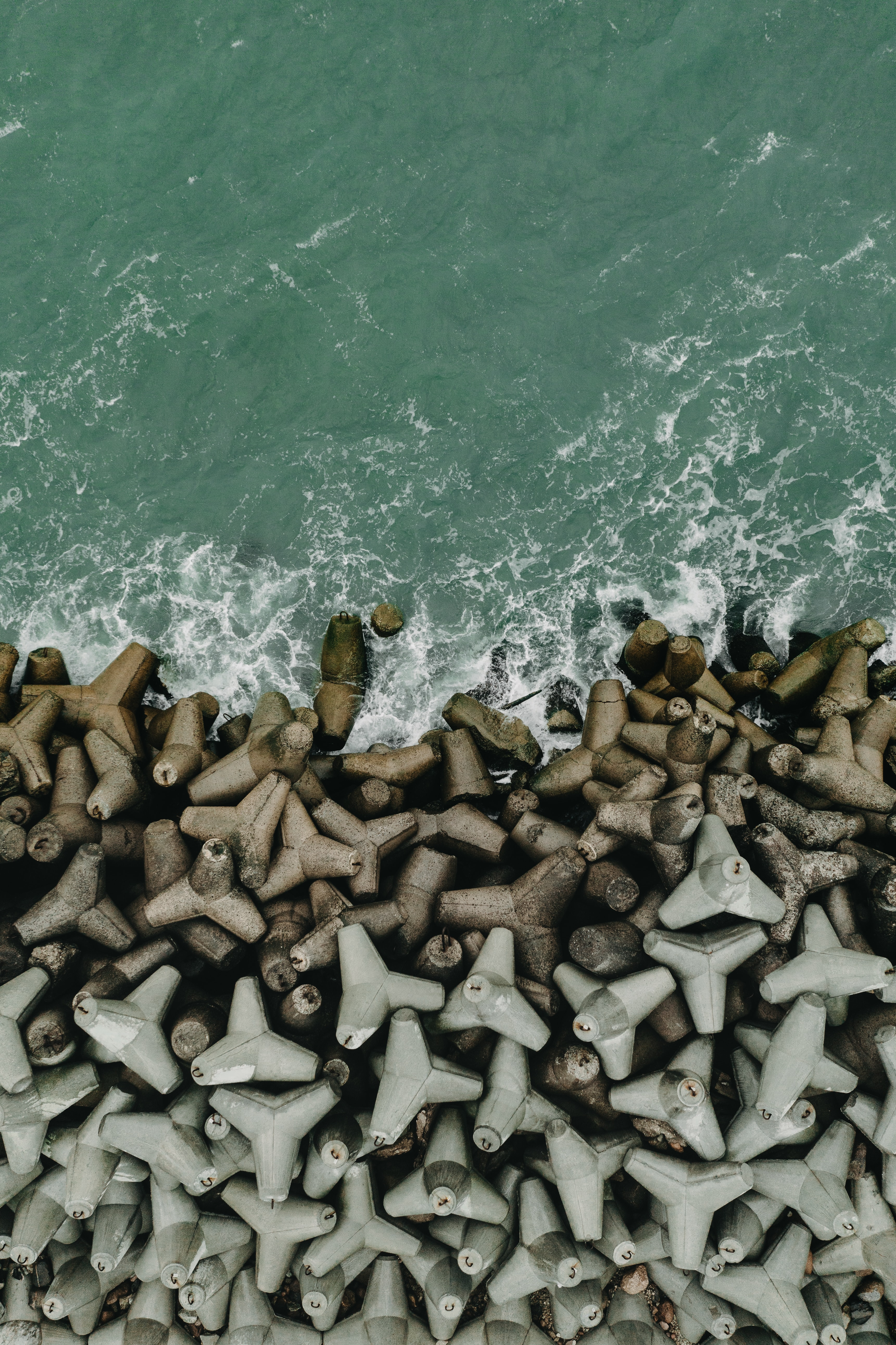 153613 download wallpaper Nature, Sea, Waves, View From Above, Shore, Bank, Surf screensavers and pictures for free