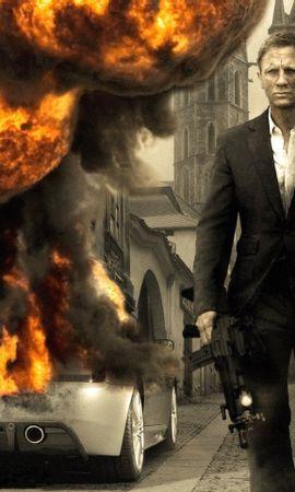 4983 download wallpaper Cinema, People, Actors, Men, James Bond, Daniel Craig screensavers and pictures for free
