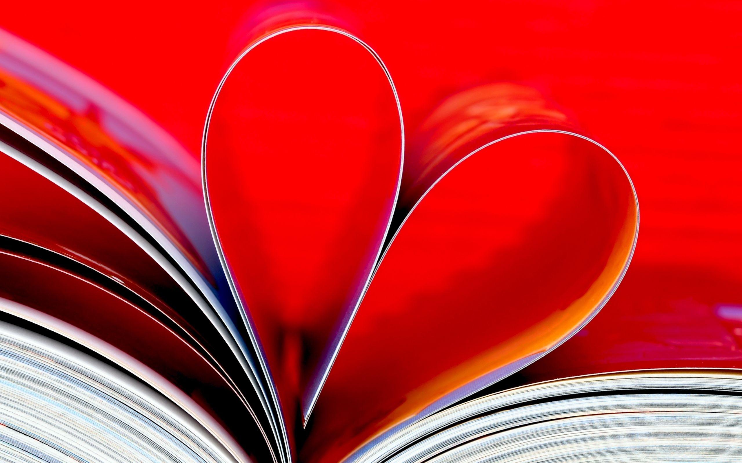 31937 скачать обои Фон, Сердца, Книги - заставки и картинки бесплатно