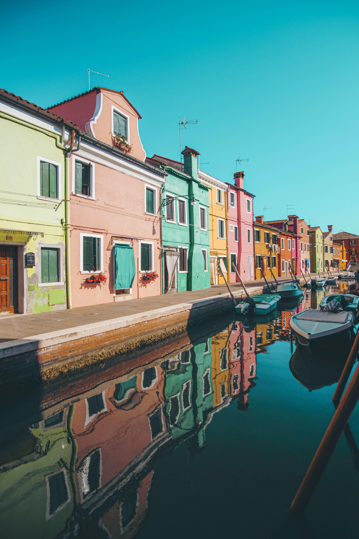 88278 télécharger le fond d'écran Ville, Imeuble, Bâtiment, Rivières, Bateaux, Villes, Venise - économiseurs d'écran et images gratuitement