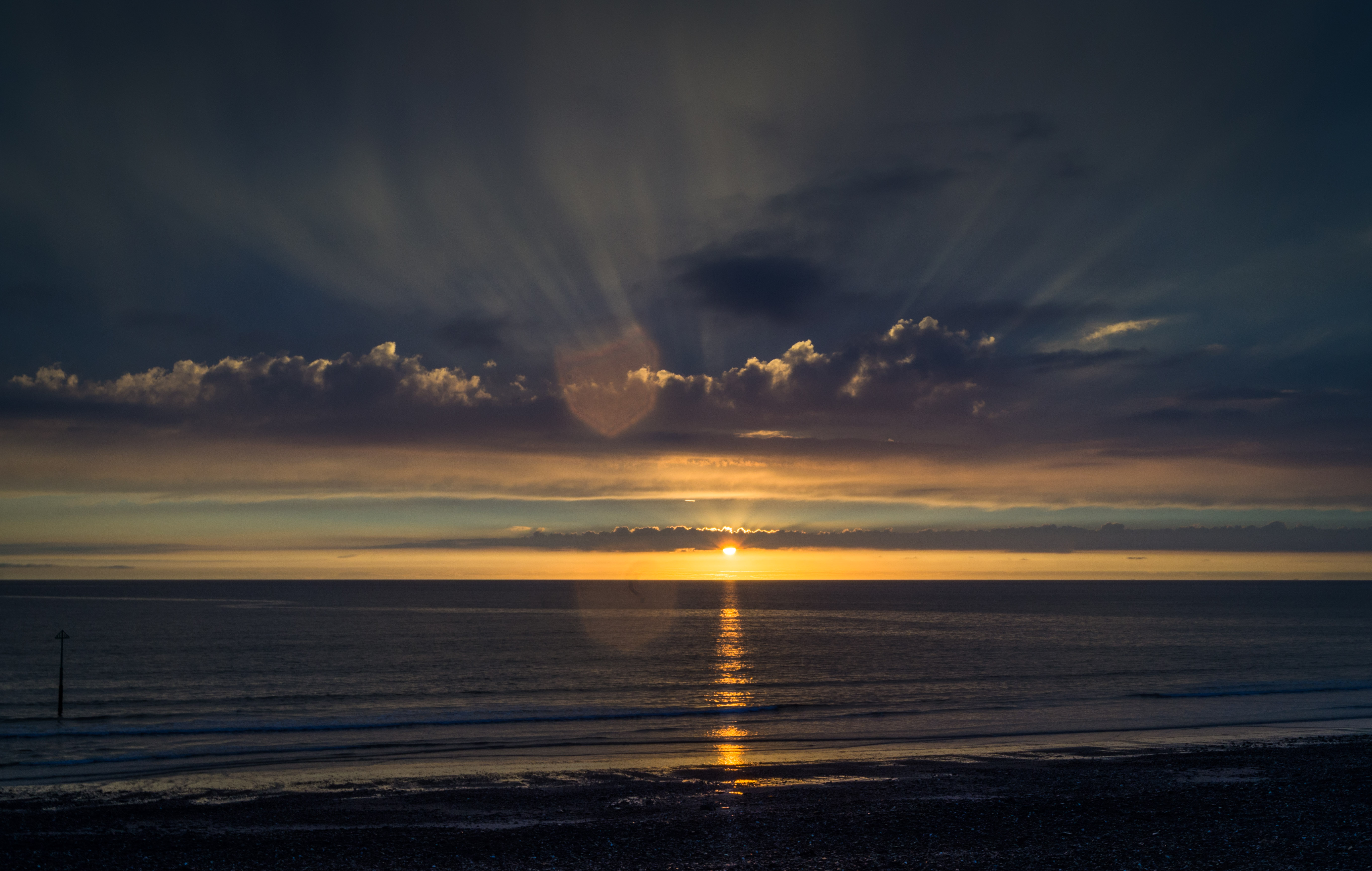 111280 скачать обои Закат, Вода, Море, Природа, Небо, Облака, Горизонт - заставки и картинки бесплатно