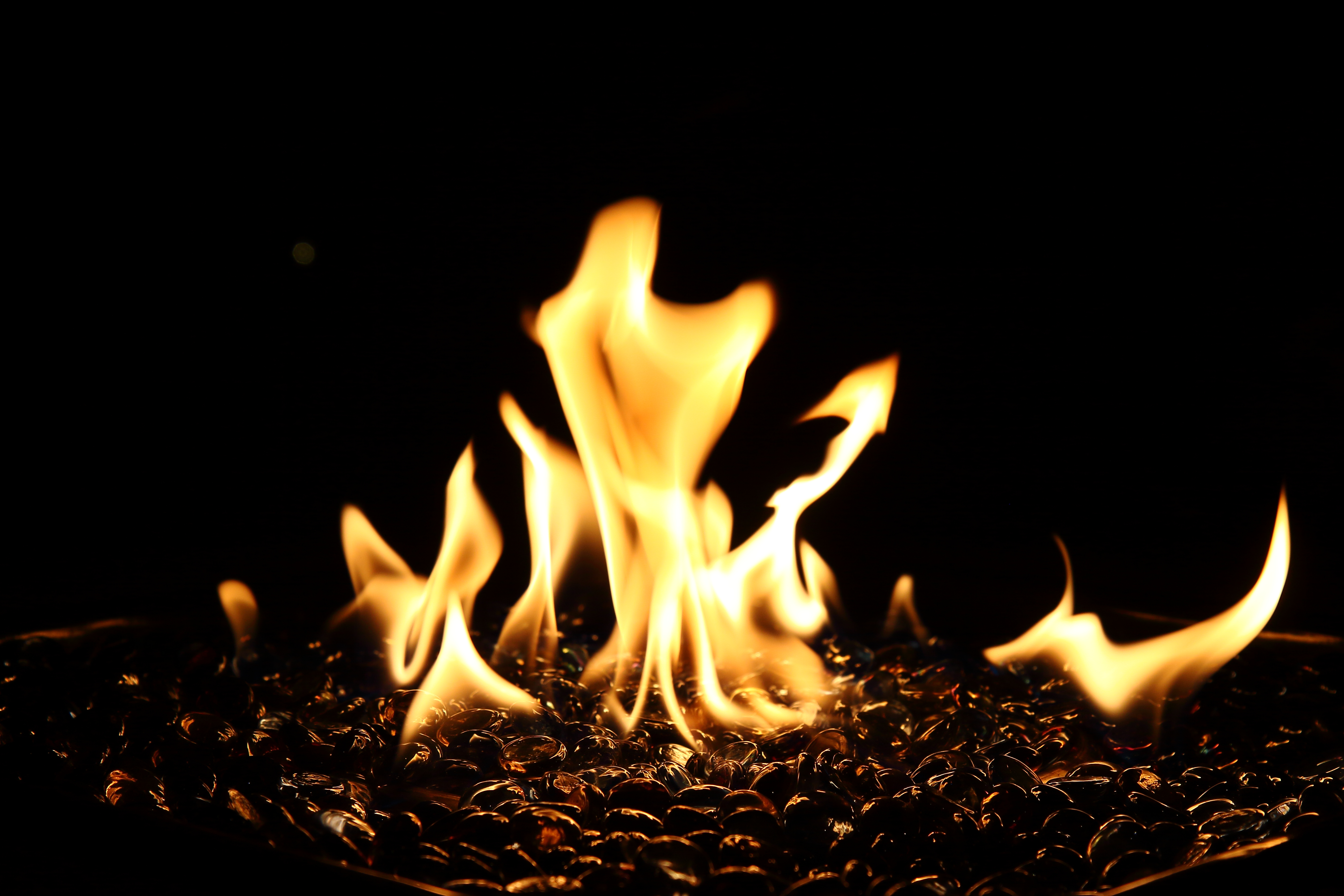 111092 Заставки и Обои Огонь на телефон. Скачать Огонь, Костер, Темные, Пламя, Темный, Огненный картинки бесплатно