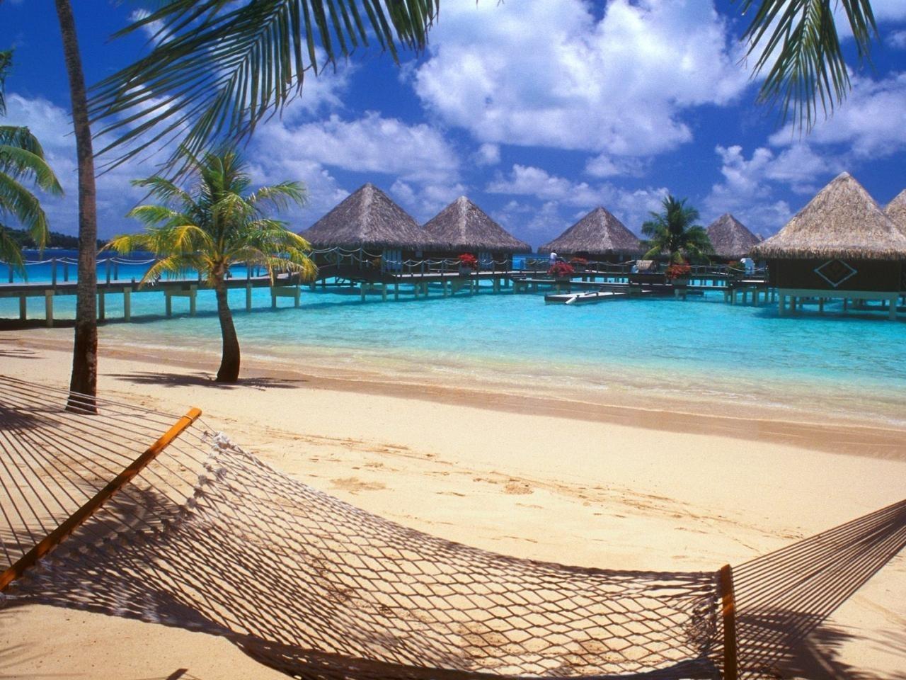 25186 скачать обои Пейзаж, Море, Облака, Пляж, Пальмы - заставки и картинки бесплатно