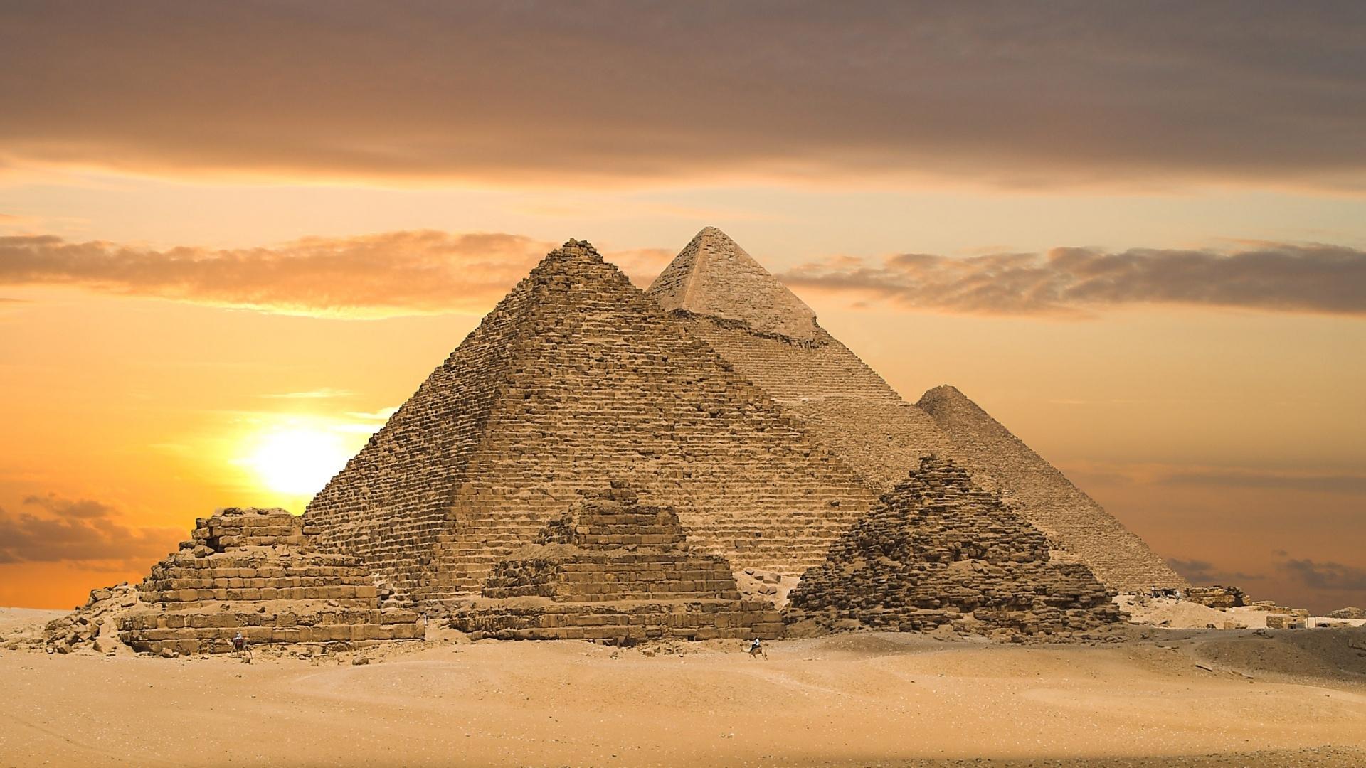 Скачать картинку Египет, Пейзаж, Пирамиды в телефон бесплатно.