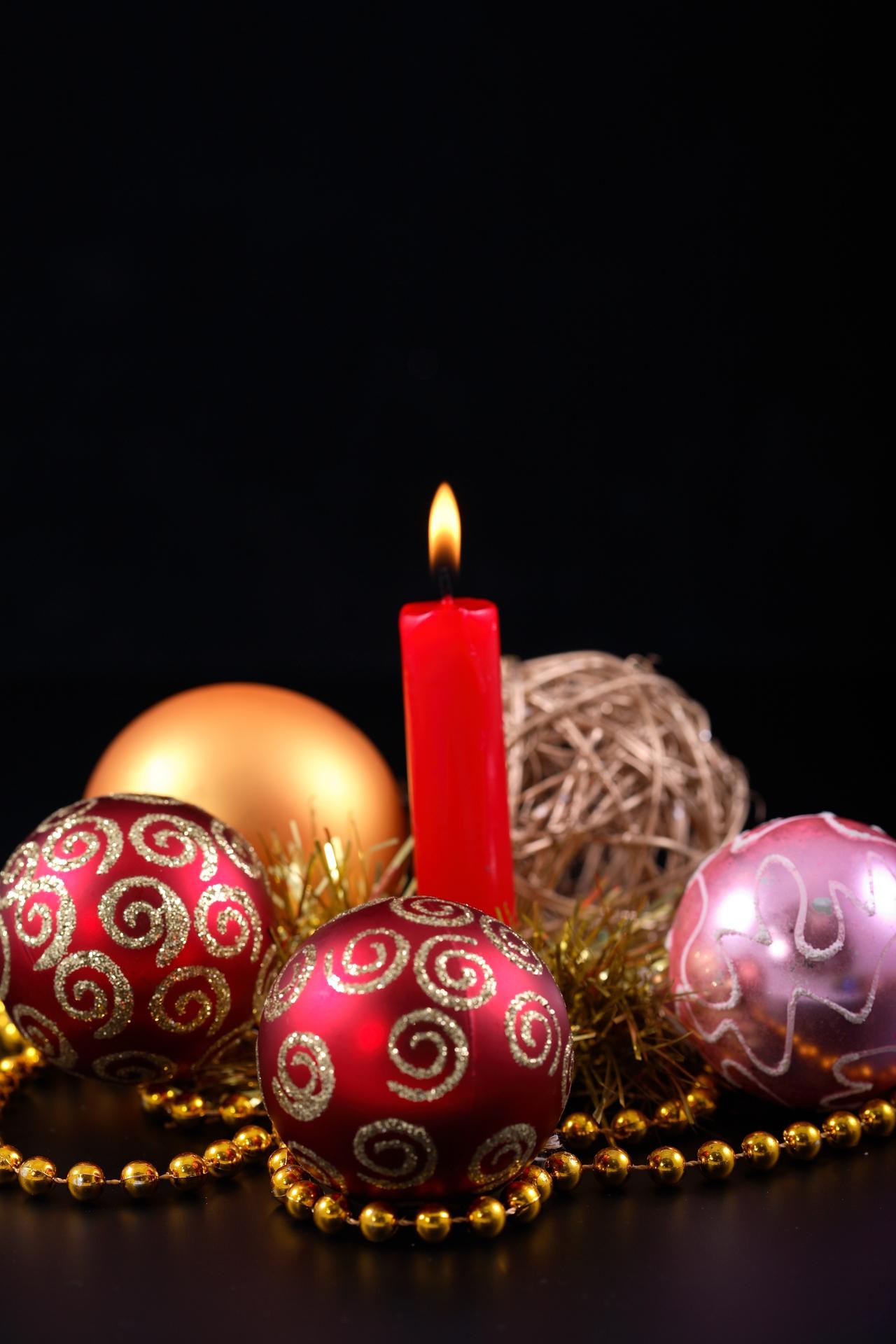 14039 скачать обои Праздники, Новый Год (New Year), Игрушки, Рождество (Christmas, Xmas), Свечи - заставки и картинки бесплатно