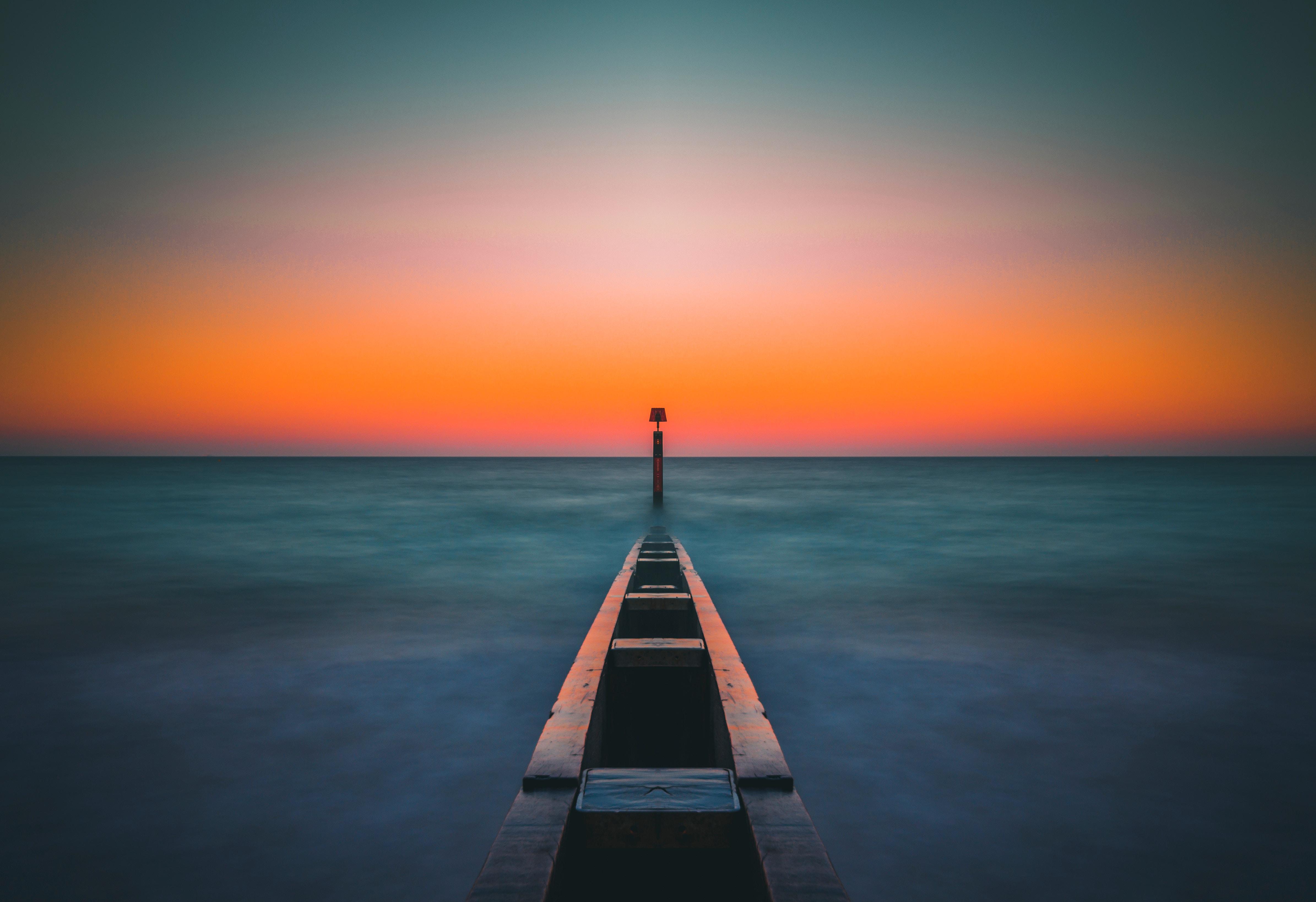 112120 papel de parede 720x1520 em seu telefone gratuitamente, baixe imagens Natureza, Mar, Cais, Píer, Névoa, Nevoeiro, Atracar 720x1520 em seu celular
