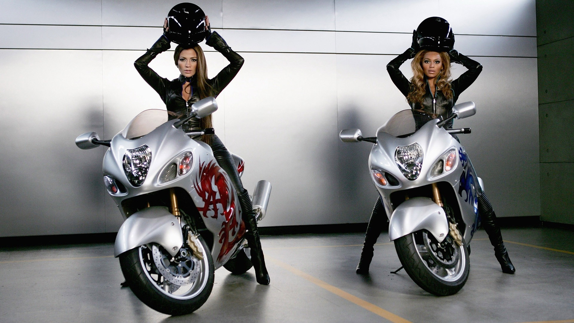 36317 download wallpaper People, Girls, Motorcycles screensavers and pictures for free