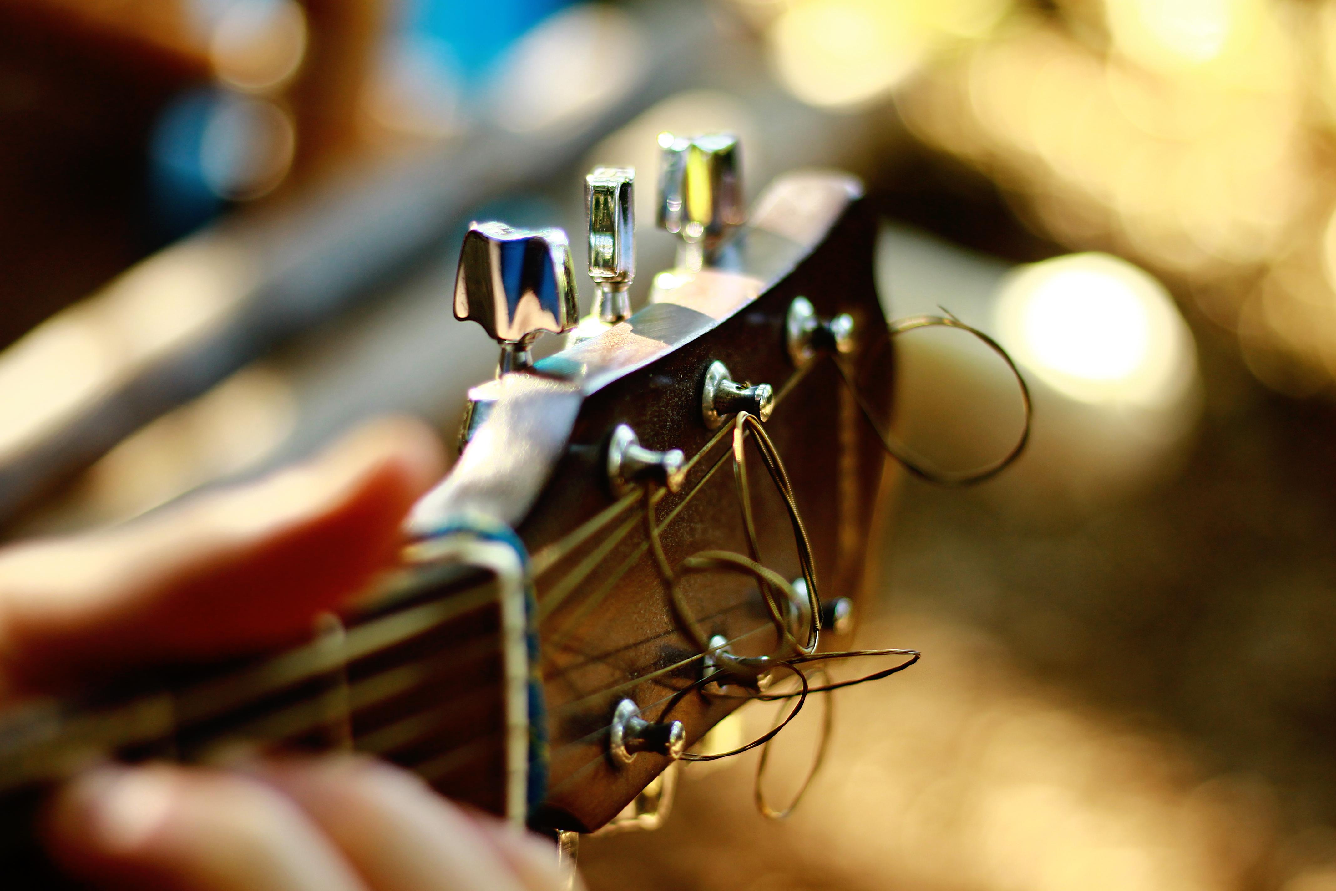 63326 Protetores de tela e papéis de parede Música em seu telefone. Baixe Música, Guitarra, Violão, Abutre, Cordas, Strings fotos gratuitamente