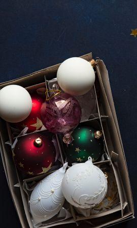 157467 скачать обои Праздники, Елочные Игрушки, Набор, Коробка, Рождество, Новый Год - заставки и картинки бесплатно