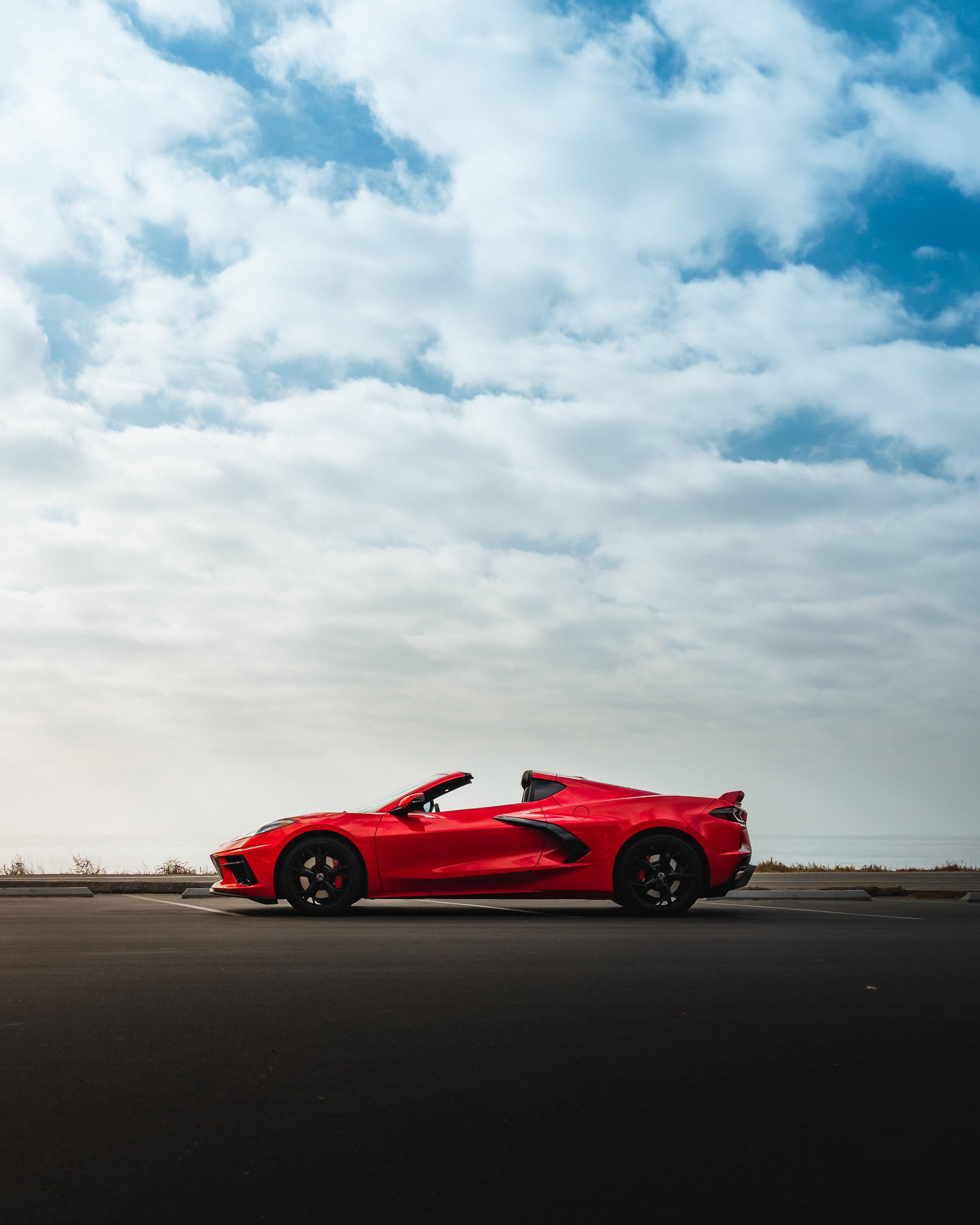 83766 скачать обои Тачки (Cars), Красный, Автомобиль, Спорткар, Вид Сбоку, Corvette, Суперкар, Corvette C8 - заставки и картинки бесплатно