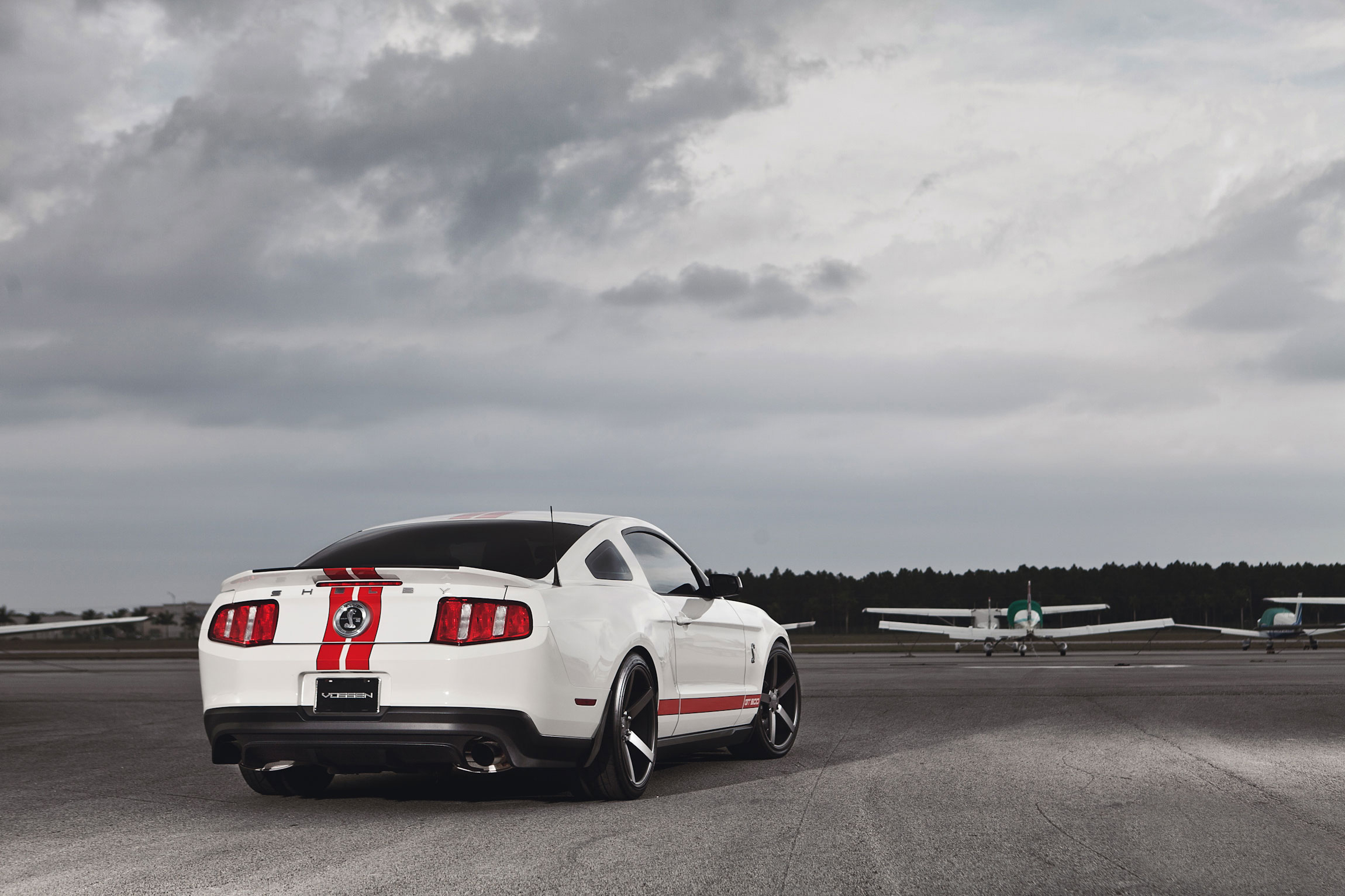 145501 download wallpaper Ford, Mustang, Cars, Muscle Car, Gt500, Shelby screensavers and pictures for free