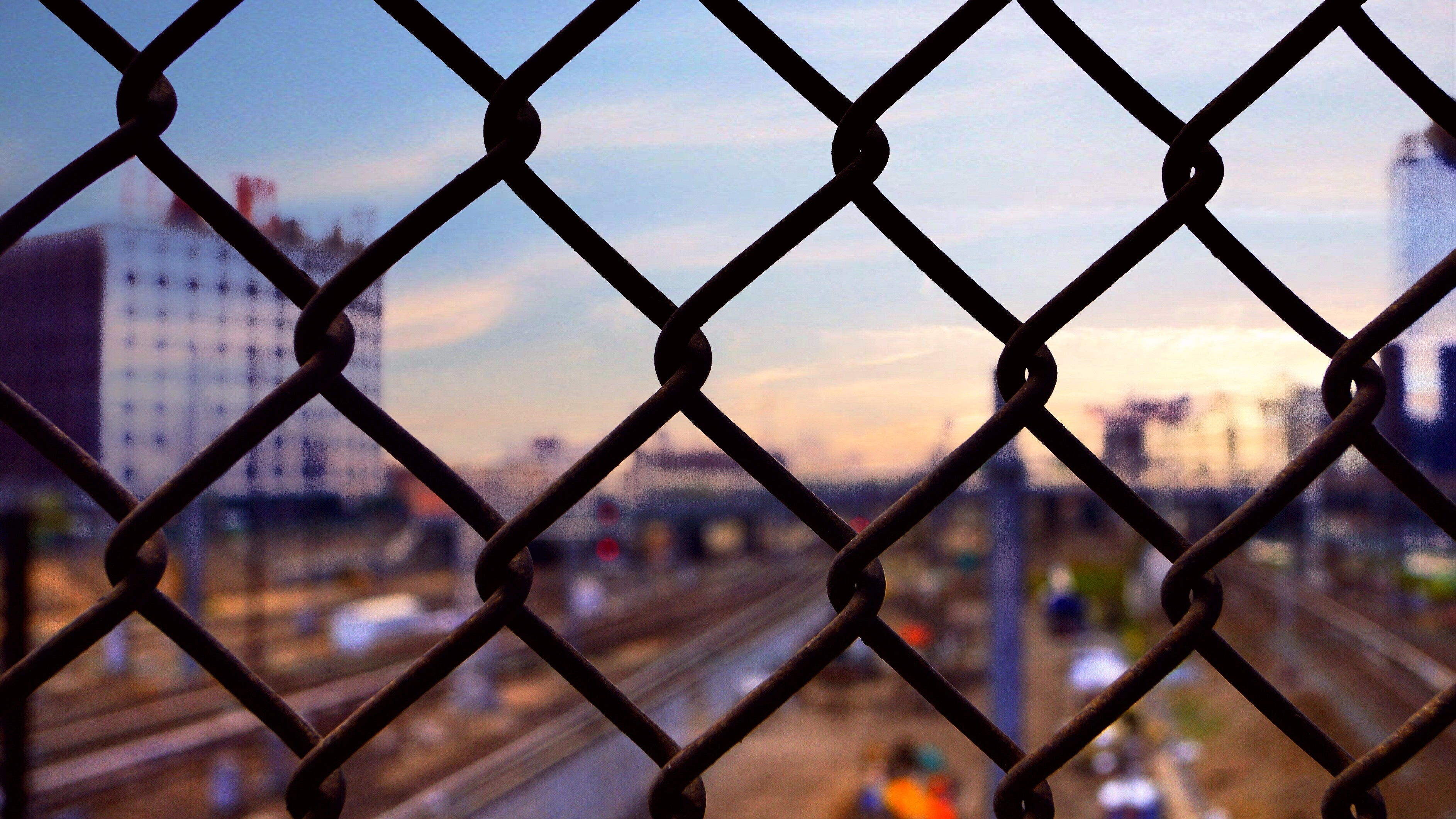 59857 download wallpaper Miscellanea, Miscellaneous, Blur, Smooth, Grid, Fence, Fencing, Enclosure screensavers and pictures for free