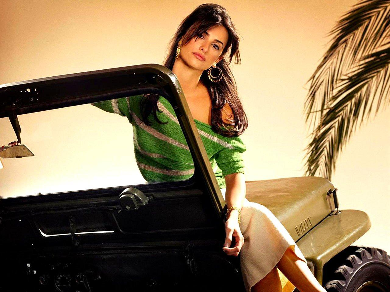 49500 download wallpaper Cinema, People, Girls, Penelope Cruz screensavers and pictures for free