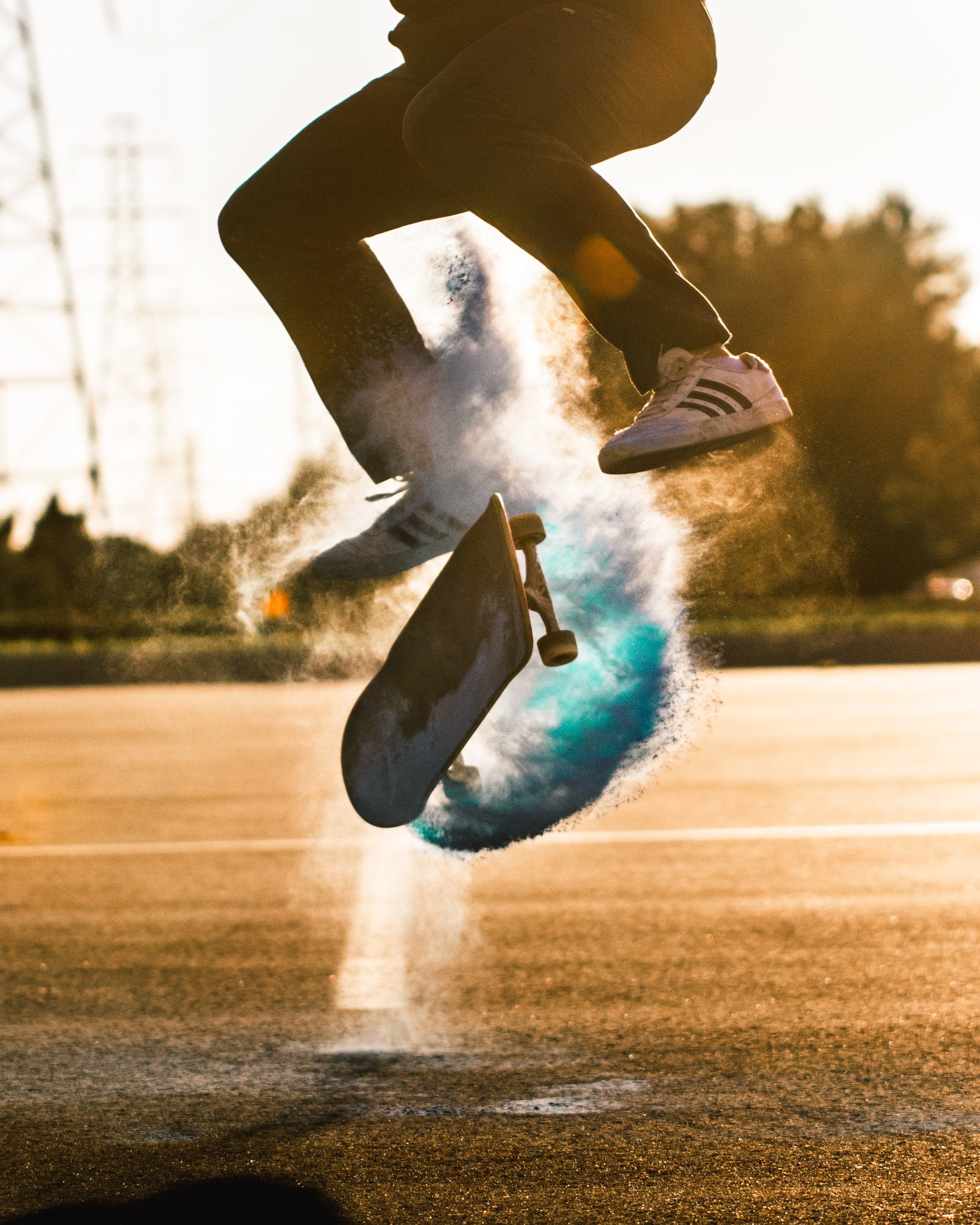 121348 download wallpaper Sports, Skate, Skateboard, Cloud, Bounce, Jump, Trick screensavers and pictures for free