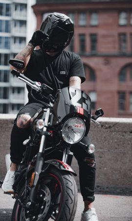 107631 télécharger le fond d'écran Moto, Motocycliste, Motocyclette, Casque, Bicyclette, Vélo, Vue De Face - économiseurs d'écran et images gratuitement