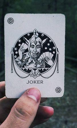139693 télécharger le fond d'écran Divers, Joker, Carte, Main - économiseurs d'écran et images gratuitement