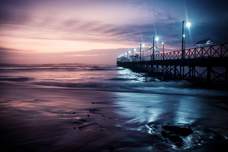148777 Заставки и Обои Волны на телефон. Скачать Природа, Пирс, Море, Вечер, Трухильо, Перу, Волны картинки бесплатно