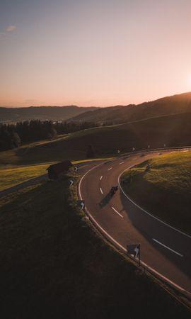 98596 télécharger le fond d'écran Nature, Moto, Motocyclette, Motocycliste, Route, Colline, Poutres, Rayons - économiseurs d'écran et images gratuitement