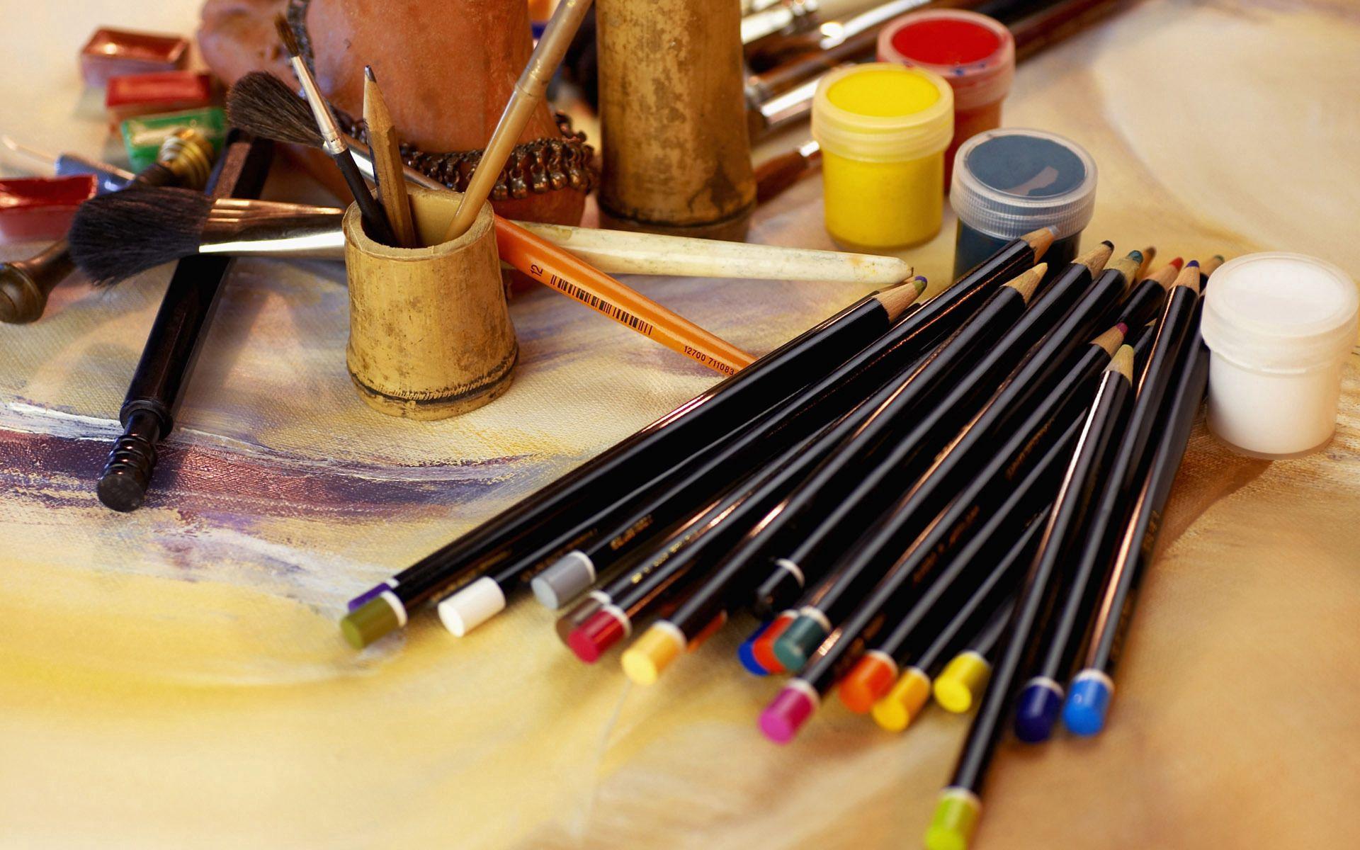 140442 Hintergrundbild herunterladen Künstler, Verschiedenes, Sonstige, Tisch, Tabelle, Die Stifte, Bleistifte, Einstellen, Festgelegt - Bildschirmschoner und Bilder kostenlos