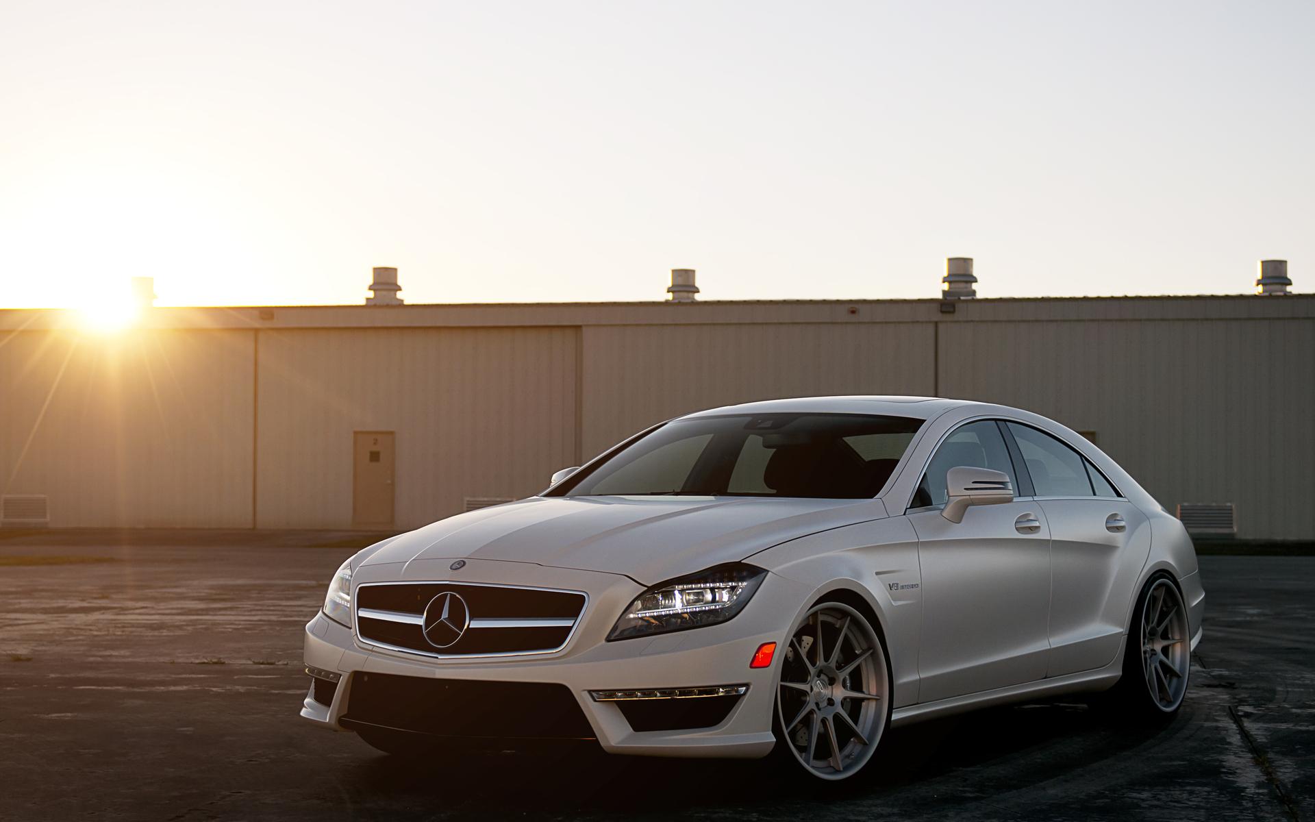41705 скачать обои Транспорт, Машины, Мерседес (Mercedes) - заставки и картинки бесплатно