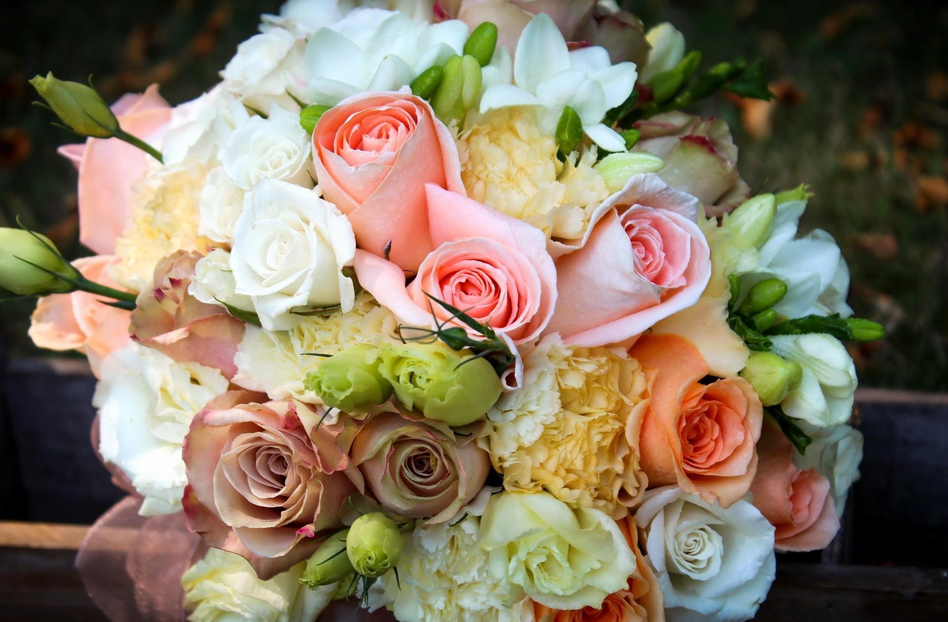 155735 скачать обои Цветы, Букет, Нежность, Розы, Пионы - заставки и картинки бесплатно
