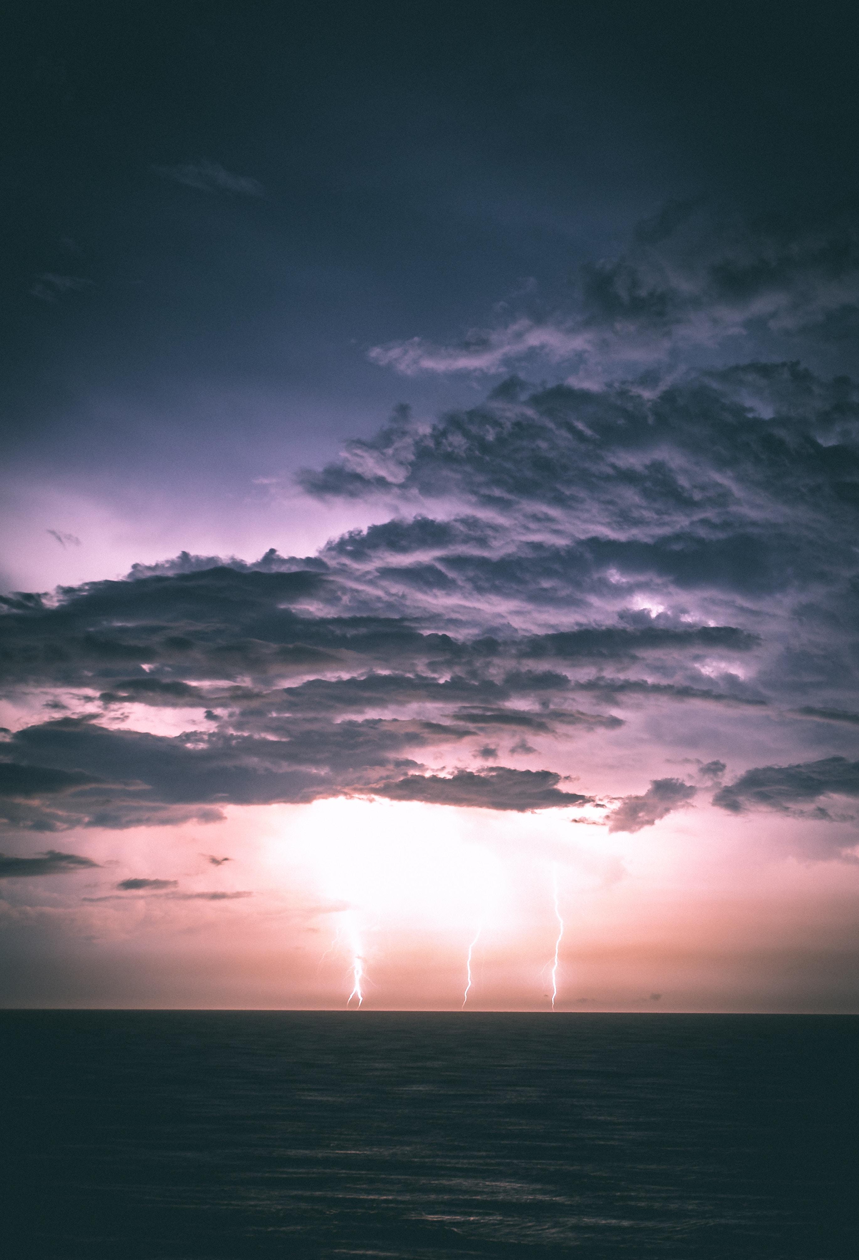 125988 скачать обои Молнии, Природа, Море, Ночь, Облака, Горизонт, Пасмурно - заставки и картинки бесплатно