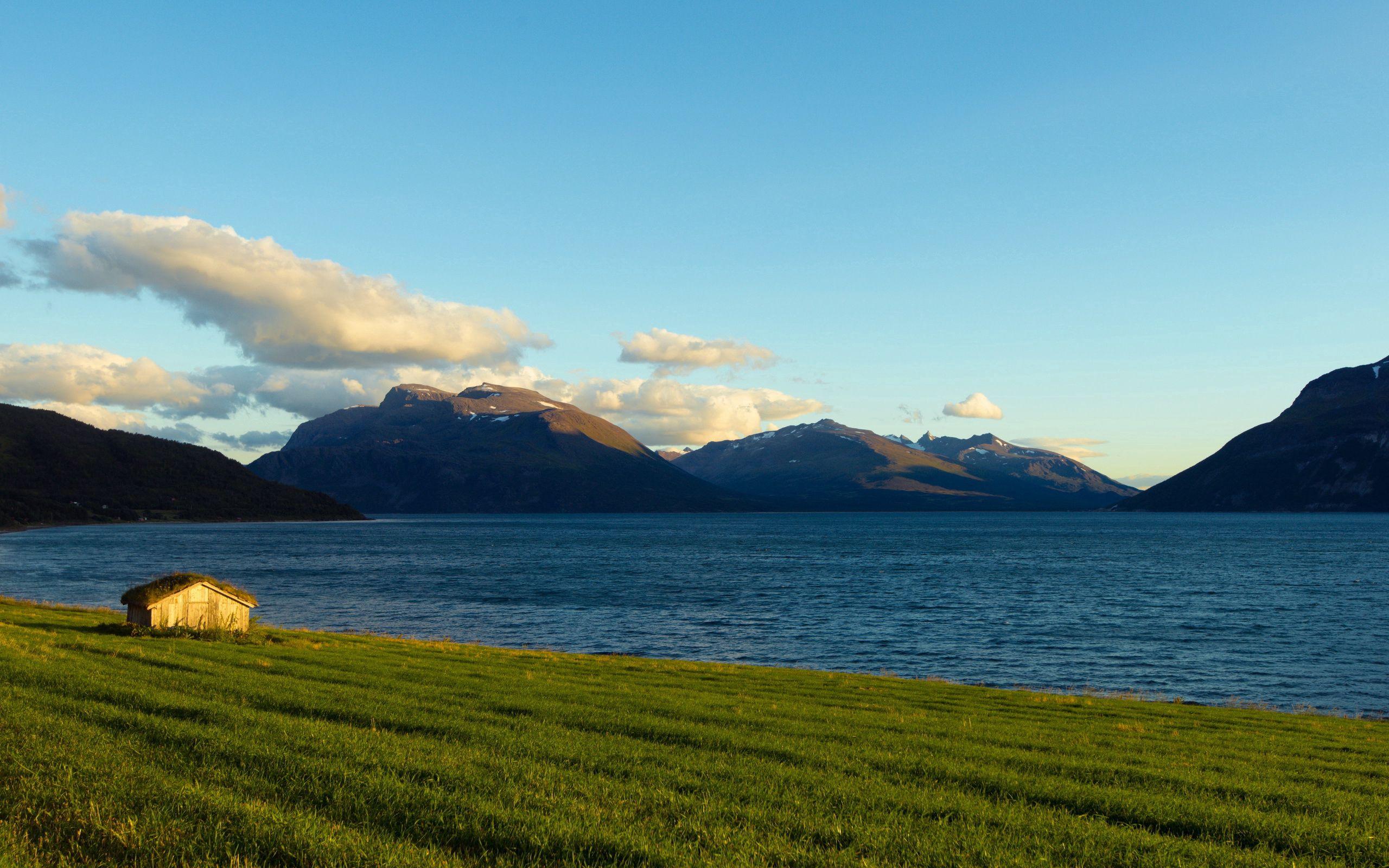 60126 Hintergrundbild 320x240 kostenlos auf deinem Handy, lade Bilder Landschaft, Natur, Haus, Norwegen, Mündung, Die Bucht 320x240 auf dein Handy herunter