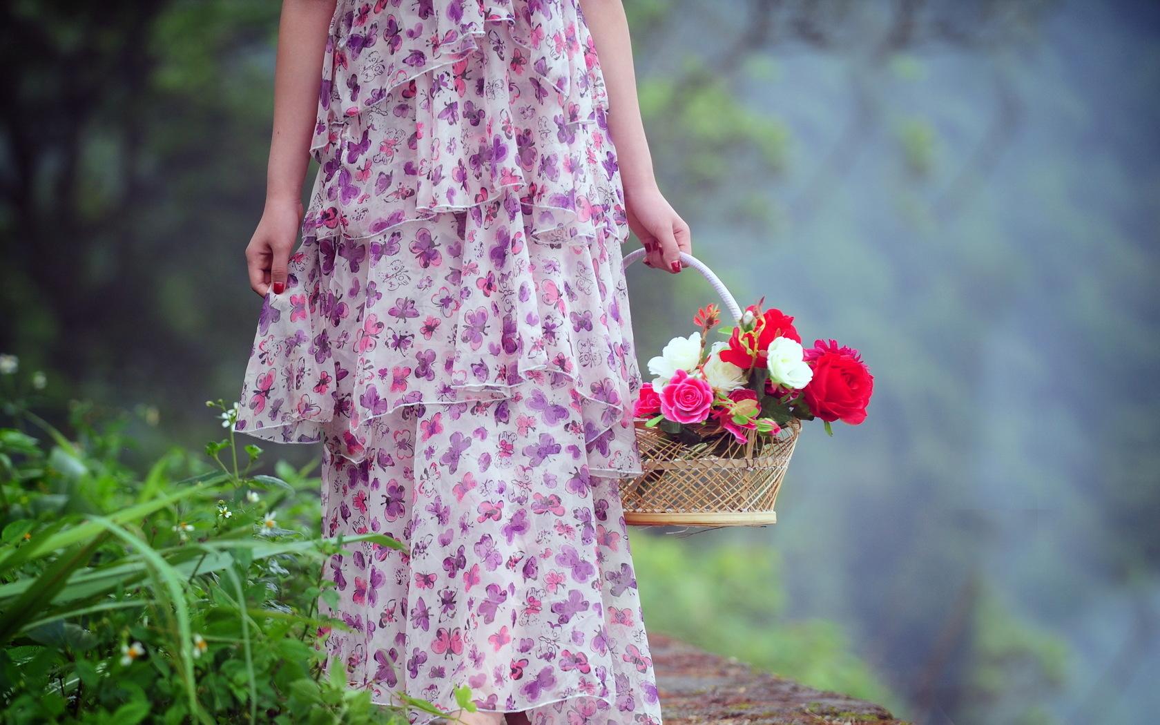 44533 скачать обои Растения, Люди, Цветы, Девушки - заставки и картинки бесплатно