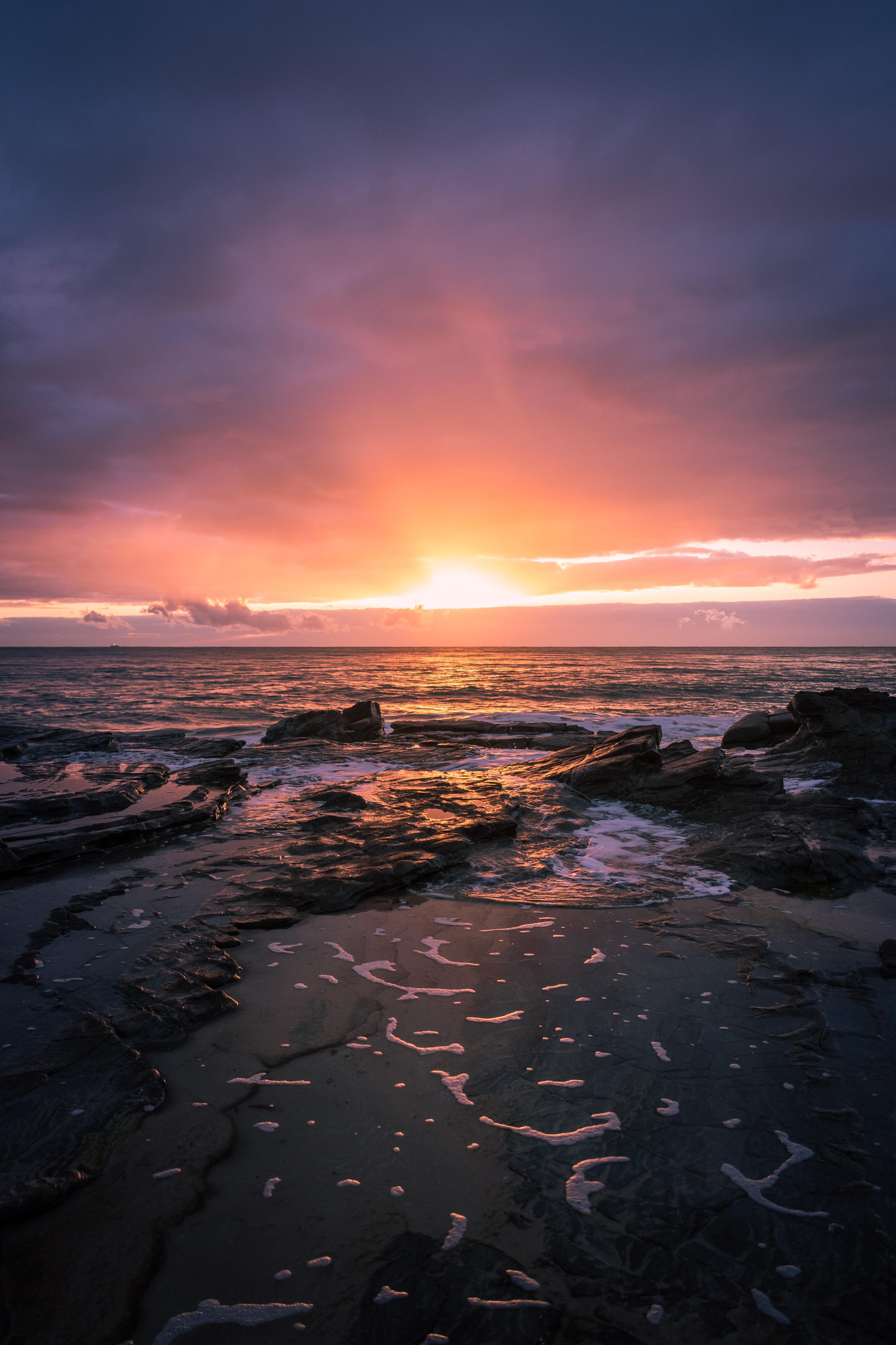 103054 Hintergrundbild herunterladen Landschaft, Natur, Sunset, Sea, Felsen, Rock, Horizont - Bildschirmschoner und Bilder kostenlos