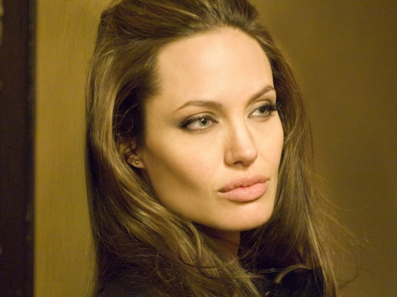 48938 download wallpaper People, Girls, Angelina Jolie screensavers and pictures for free