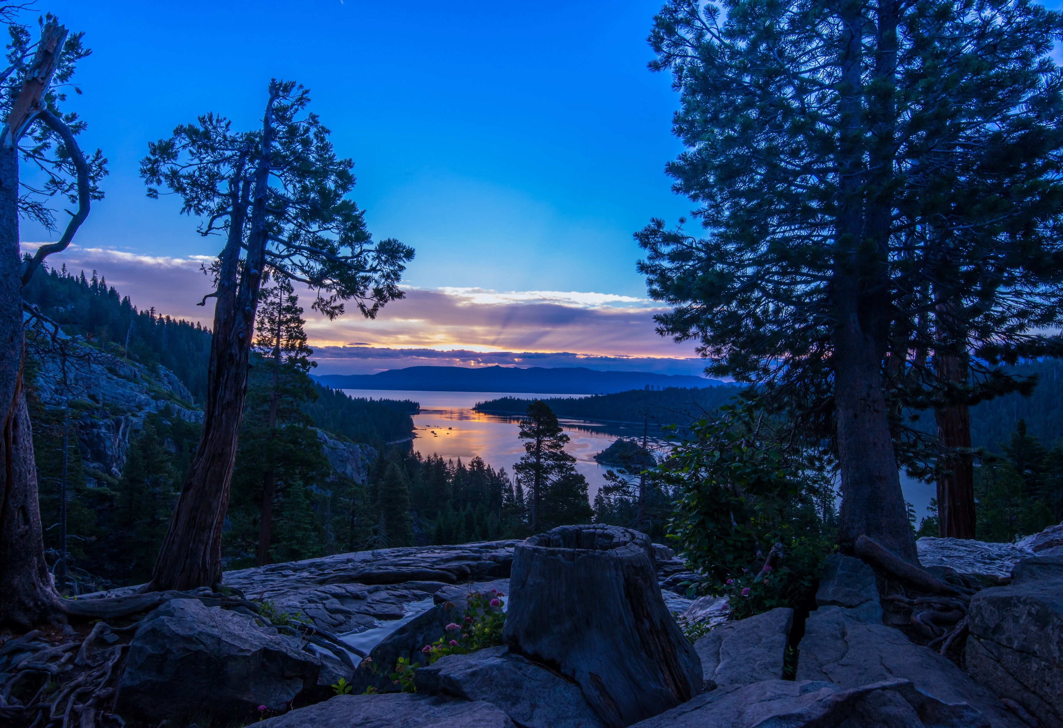 119867 download wallpaper Lake, Nature, Evening, California, Nevada, Sierra Nevada screensavers and pictures for free