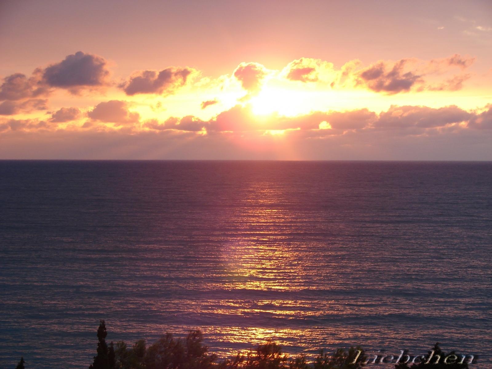 10265 скачать обои Пейзаж, Закат, Небо, Море, Солнце - заставки и картинки бесплатно