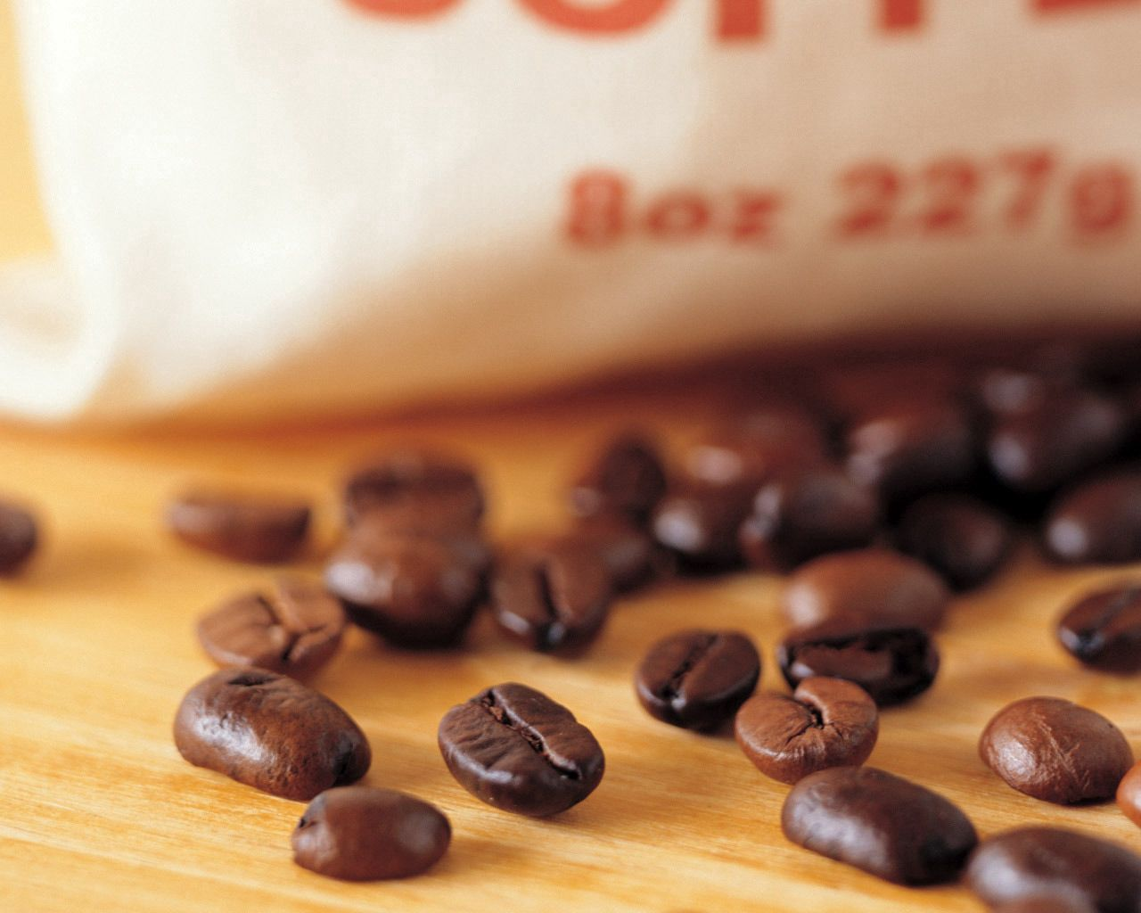 148837 download wallpaper Food, Coffee, Grains, Grain, Table, Package, Packet screensavers and pictures for free