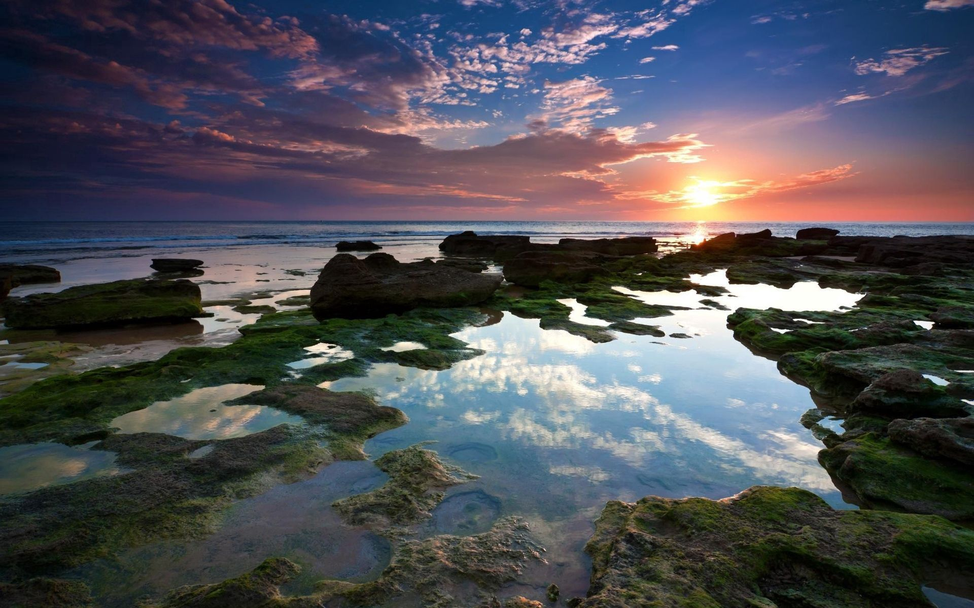 138378 download wallpaper Nature, Reefs, Sunset, Shine, Light, Low Tide, Puddles, Rocks, Stones, Sea, Shore, Bank, Evening, Silence, Sky, Sun screensavers and pictures for free