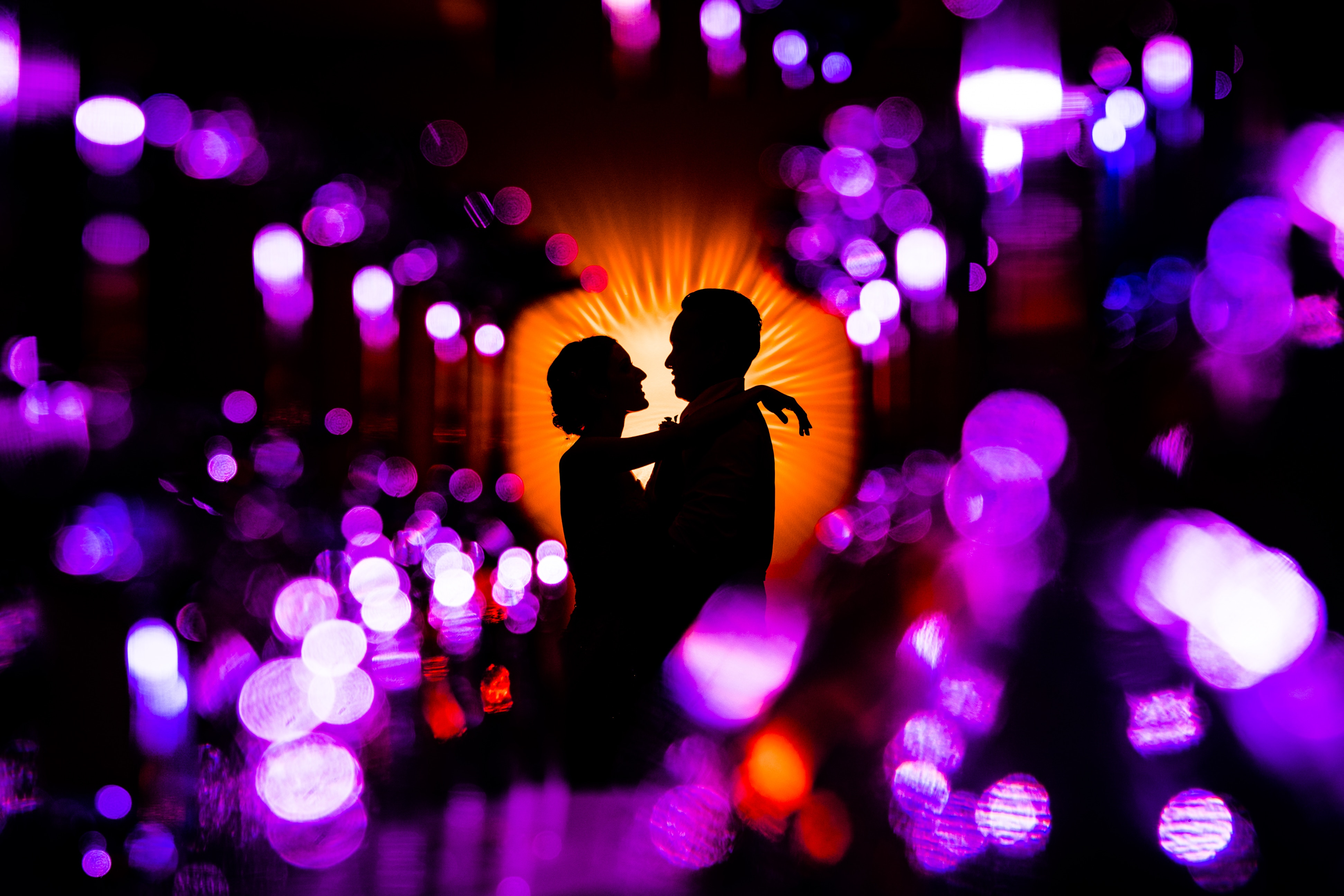 72755 download wallpaper Couple, Pair, Lovers, Embrace, To Cuddle, Hug, Romance, Love, Brilliant, Glamour screensavers and pictures for free