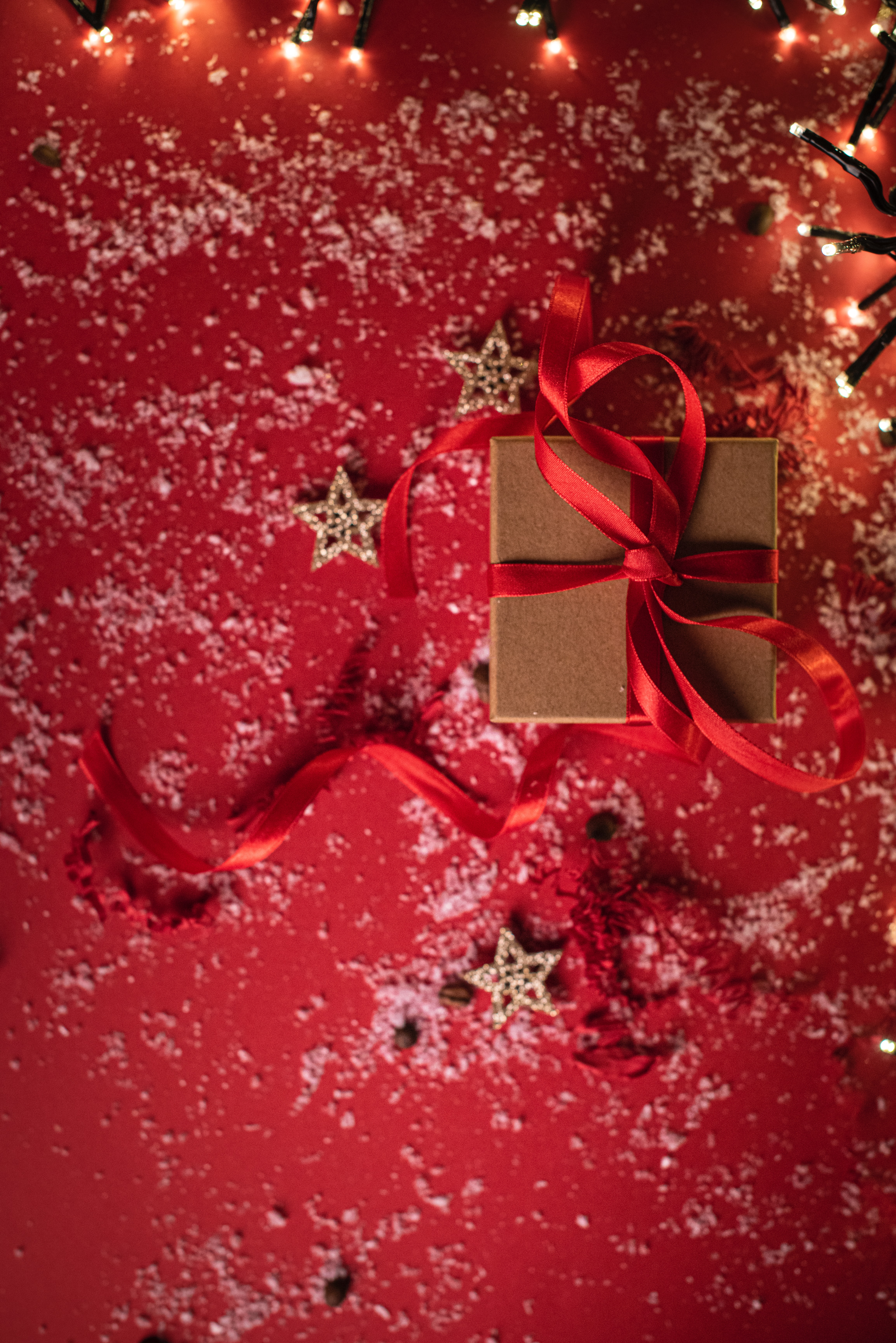 109797 download wallpaper Holidays, Present, Gift, Box, Tape, Snow, Holiday, Stars screensavers and pictures for free