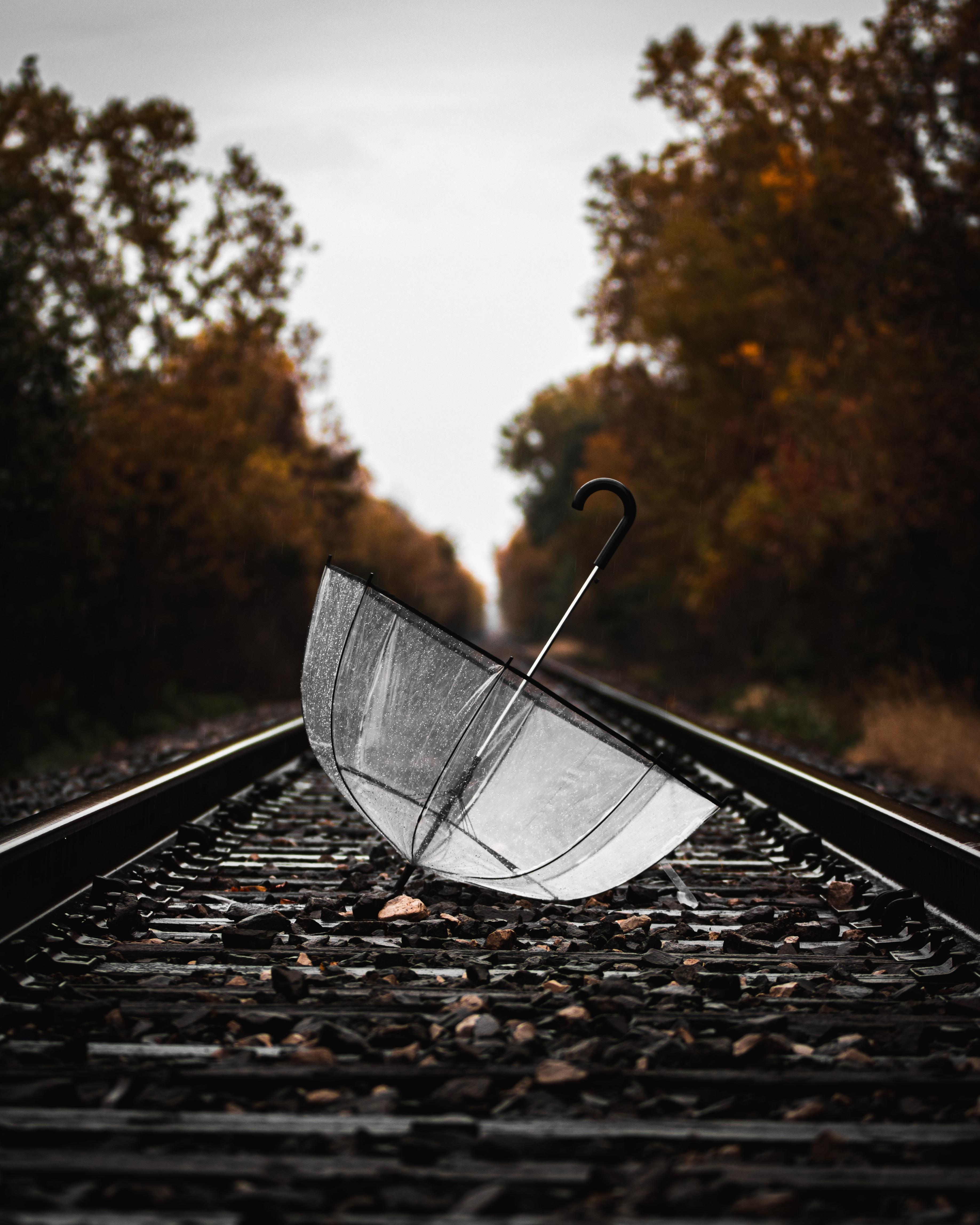 53967壁紙のダウンロードその他, 雑, 傘, レール, ウェット, 濡れた, 鉄道-スクリーンセーバーと写真を無料で