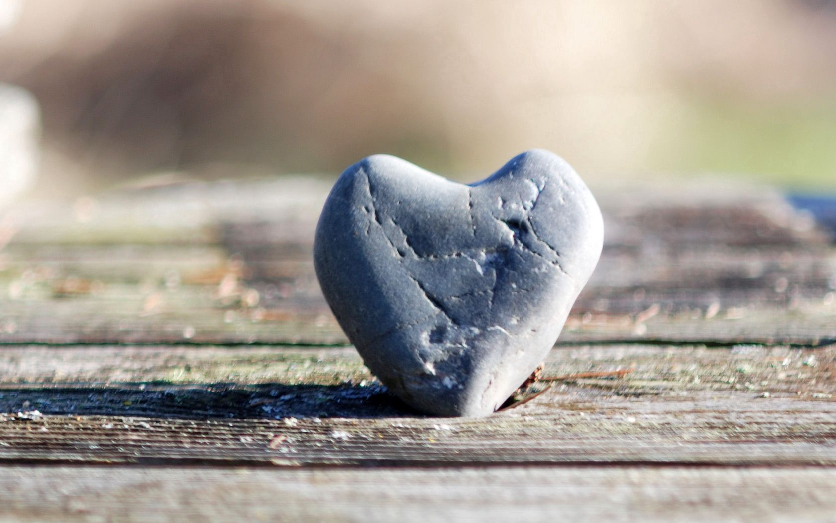 95652 download wallpaper Love, Heart, Rock, Stone, Points, Point, Surface screensavers and pictures for free