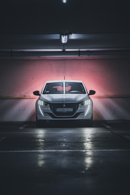 105096 скачать обои Пежо (Peugeot), Тачки (Cars), Автомобиль, Вид Спереди, Белый, Peugeot 208 - заставки и картинки бесплатно