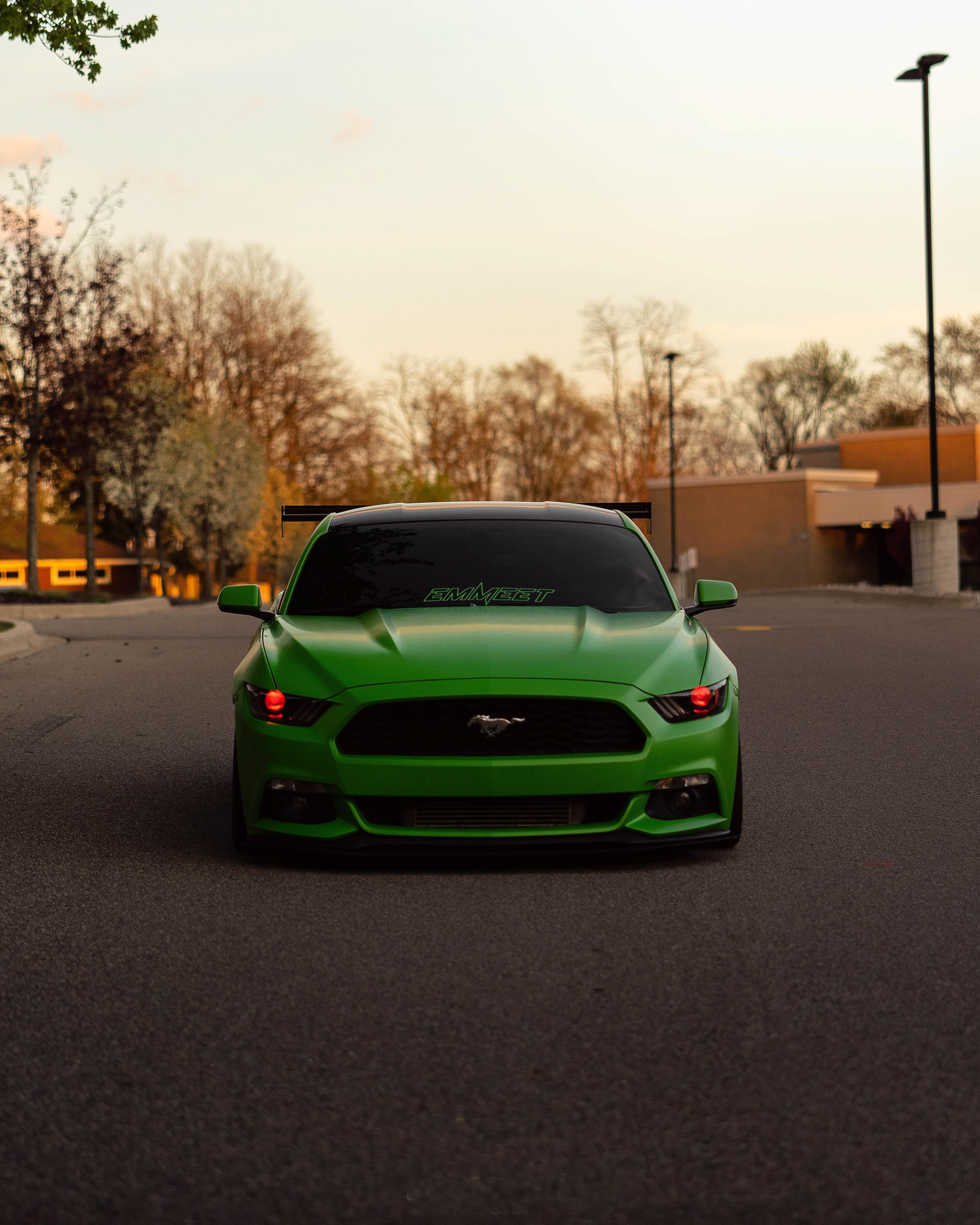 51087 Заставки и Обои Вид Спереди на телефон. Скачать Тачки (Cars), Вид Спереди, Ford Mustang, Автомобиль, Зеленый картинки бесплатно