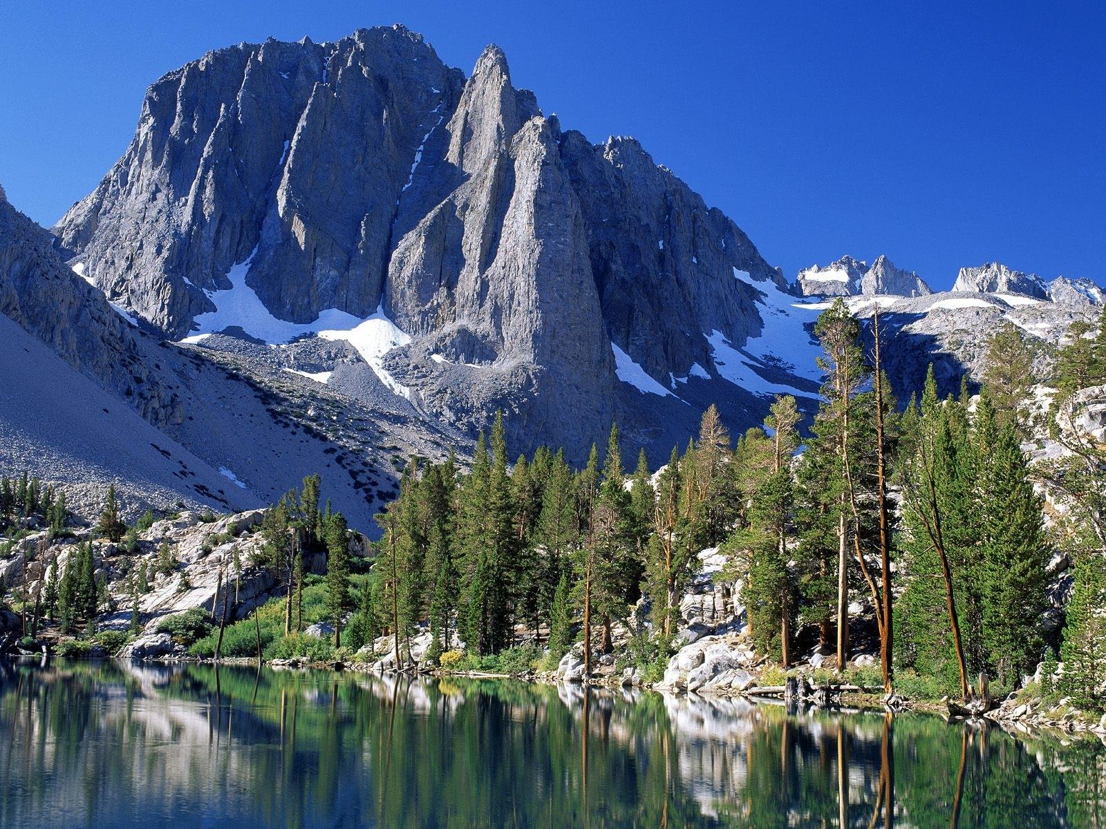 11190 Заставки и Обои Озера на телефон. Скачать Озера, Пейзаж, Деревья, Горы картинки бесплатно