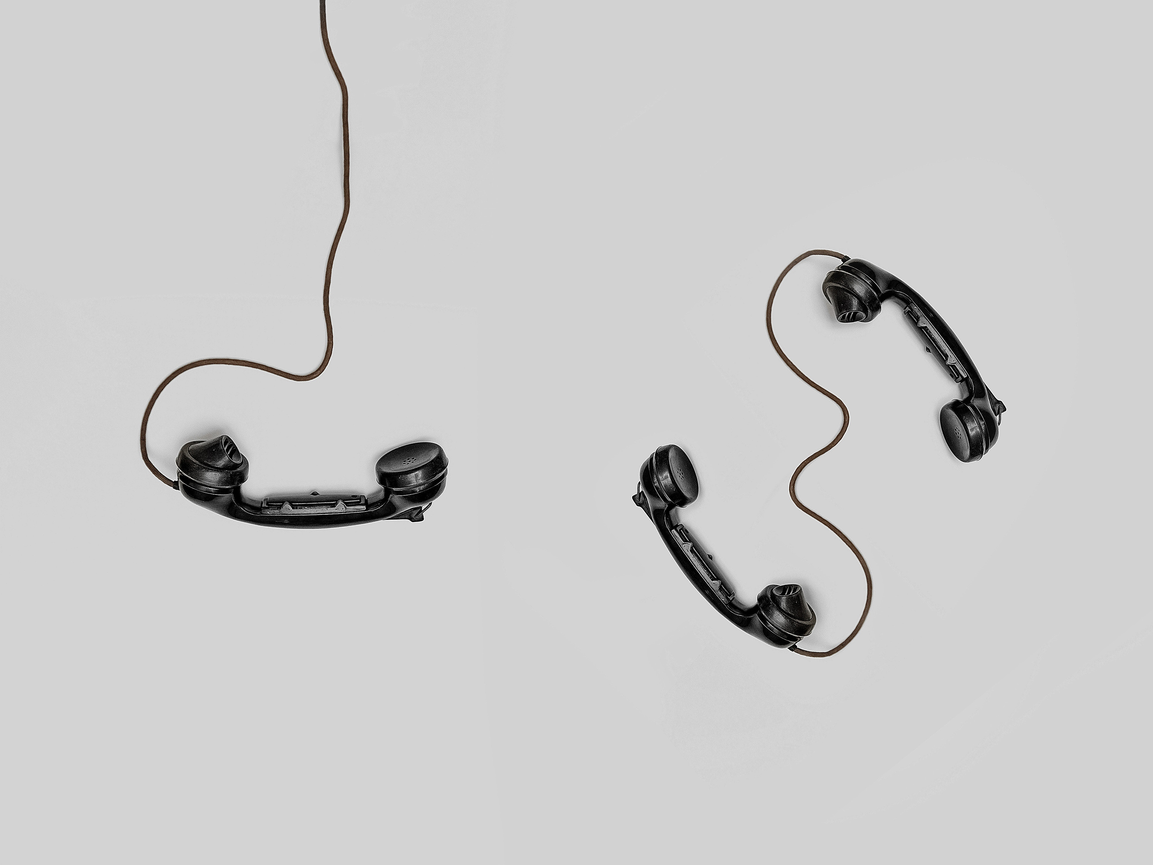 118274 download wallpaper Minimalism, Vintage, Cable, Bw, Chb, Wire, Telephone, Telephones, Handsets, Classical screensavers and pictures for free